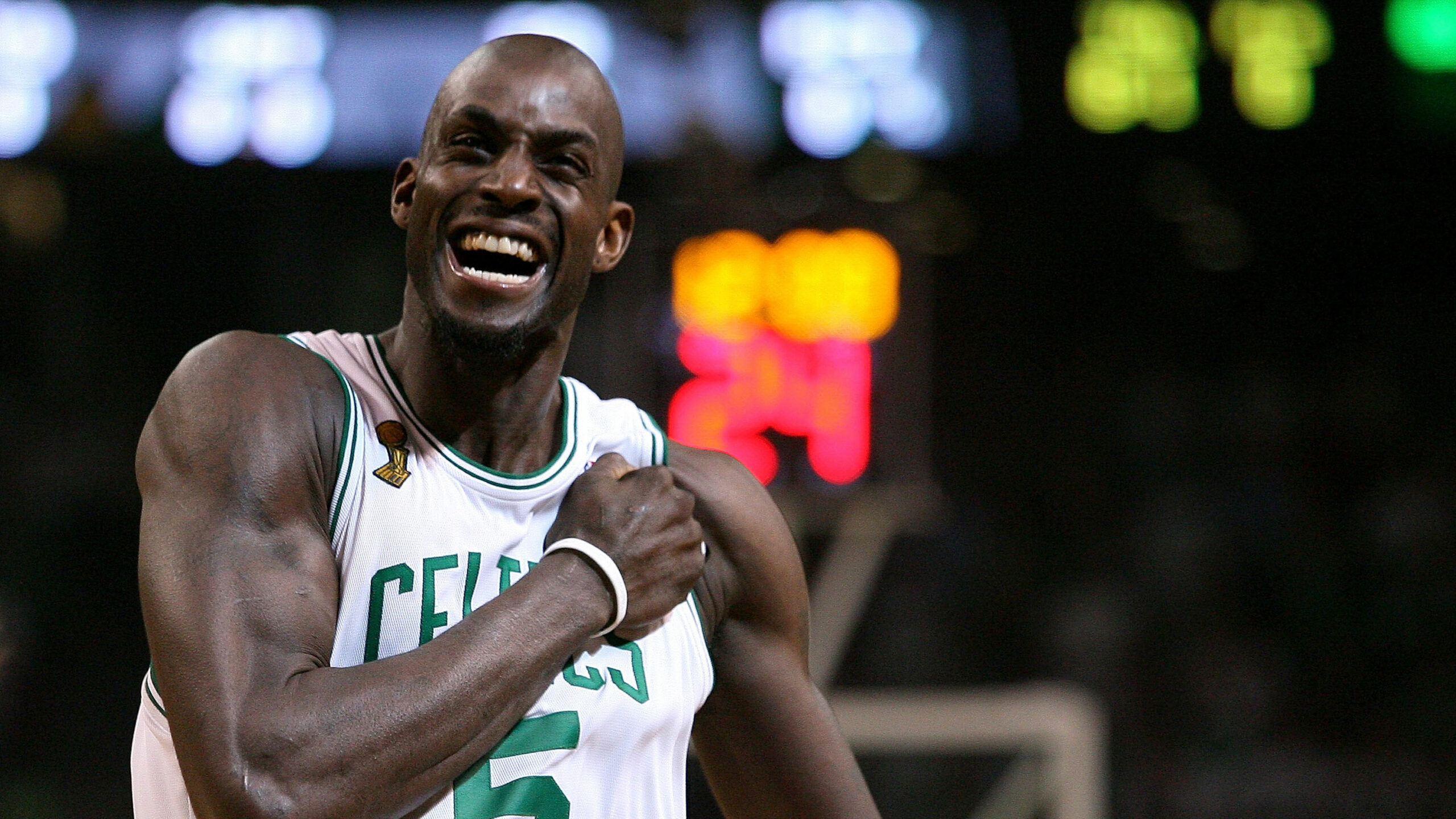 Legendary Moments In NBA History: Kevin Garnett traded to Boston Celtics in 2007