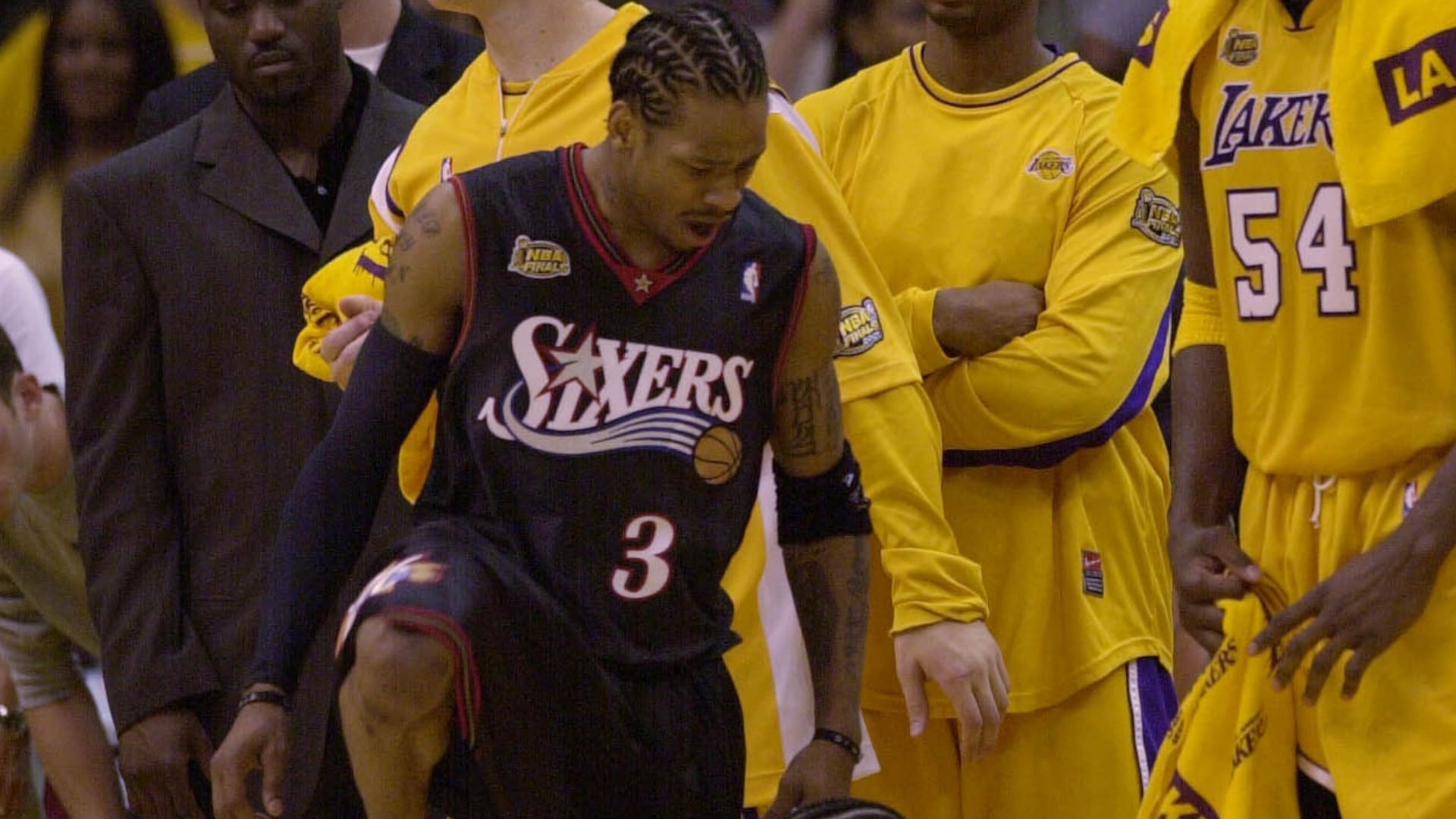 Top NBA Finals moments: Allen Iverson steps over Tyronn Lue in 2001