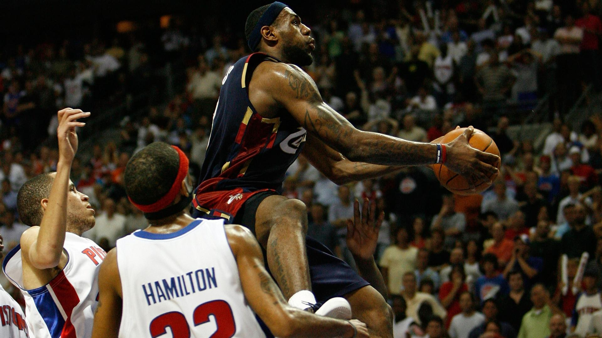 Top Moments: LeBron James dominates Pistons to reach The Finals