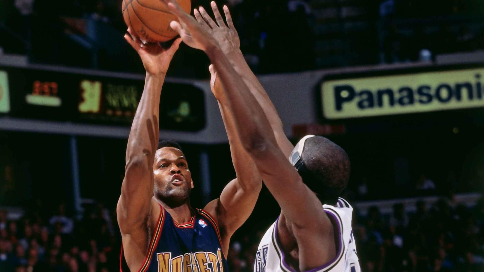 Legendary Moments In NBA History: Dale Ellis becomes first player to reach 1,200 career 3-pointers