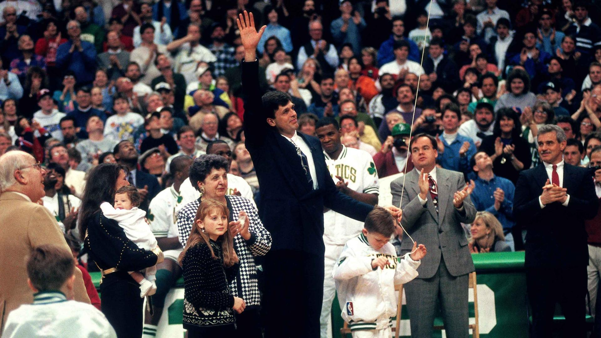 Legendary Moments In NBA History: Celtics retire McHale's No. 32