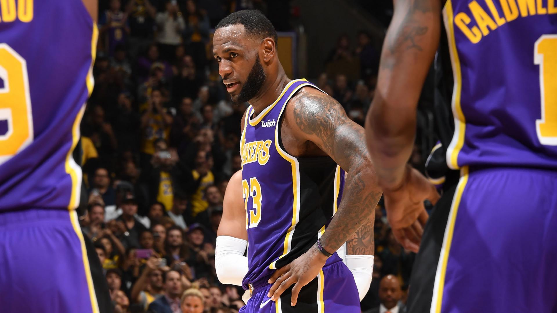 LeBron passes Jordan for 4th in career scoring