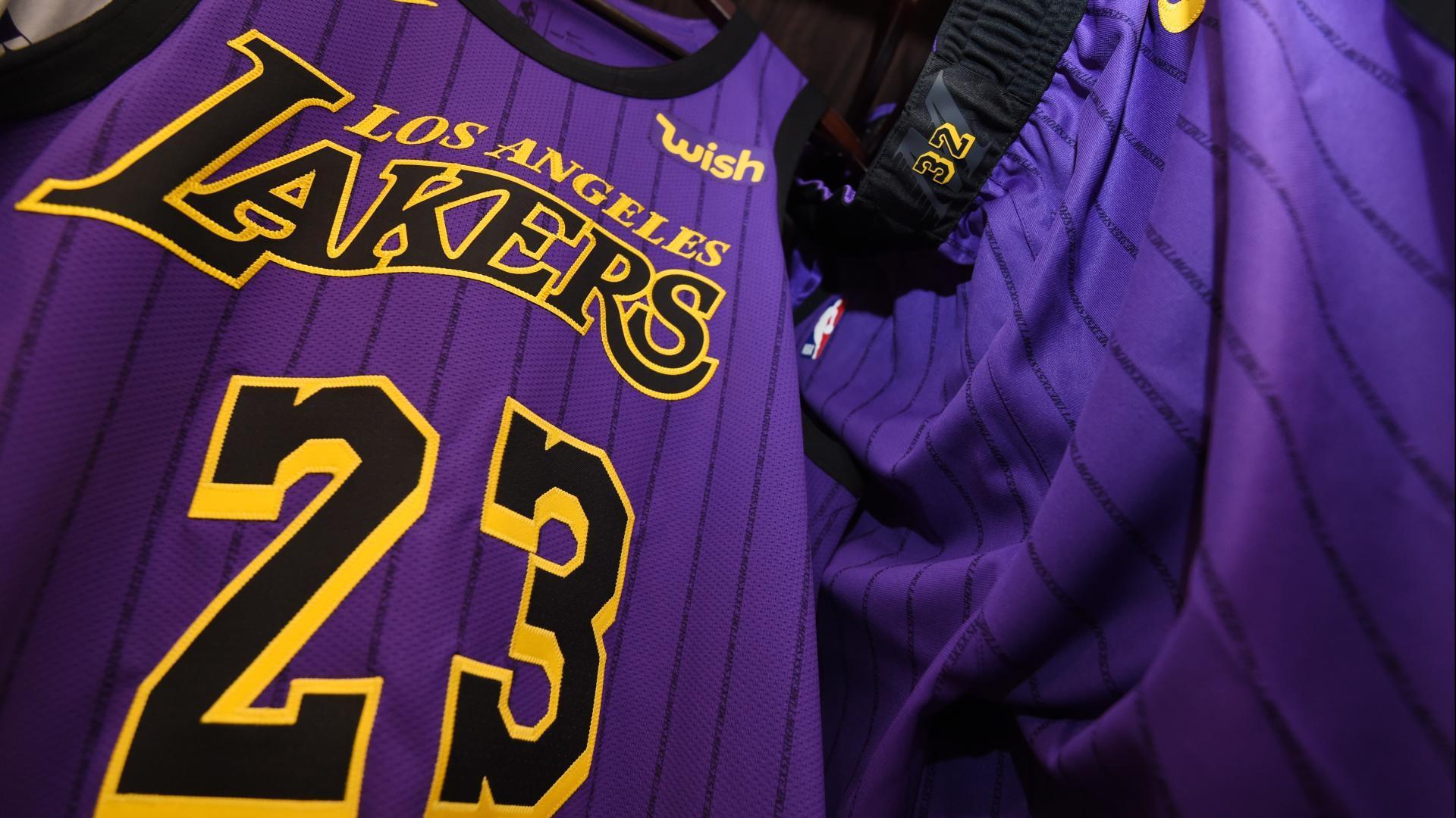 LeBron, Lakers top NBA's most popular merchandise lists   NBA.com