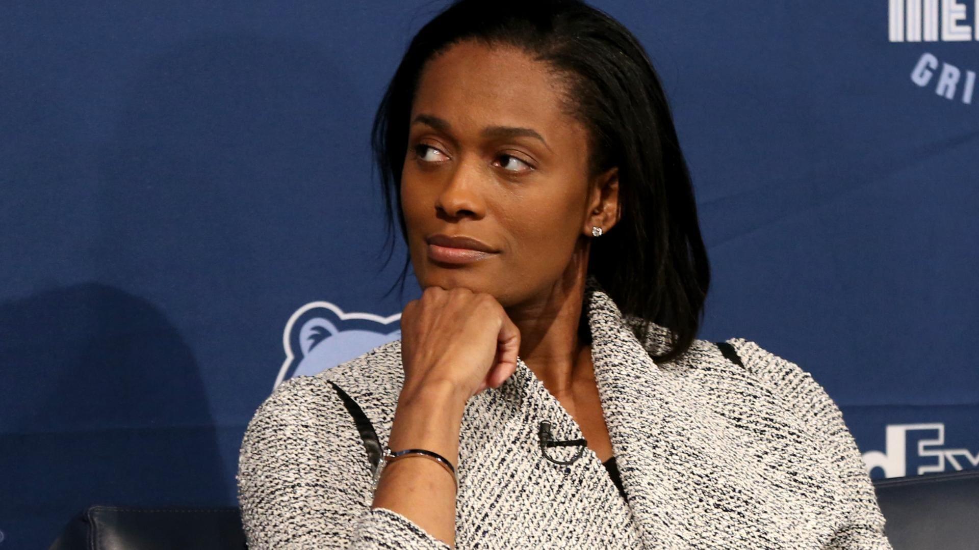 Pelicans add Swin Cash as senior executive