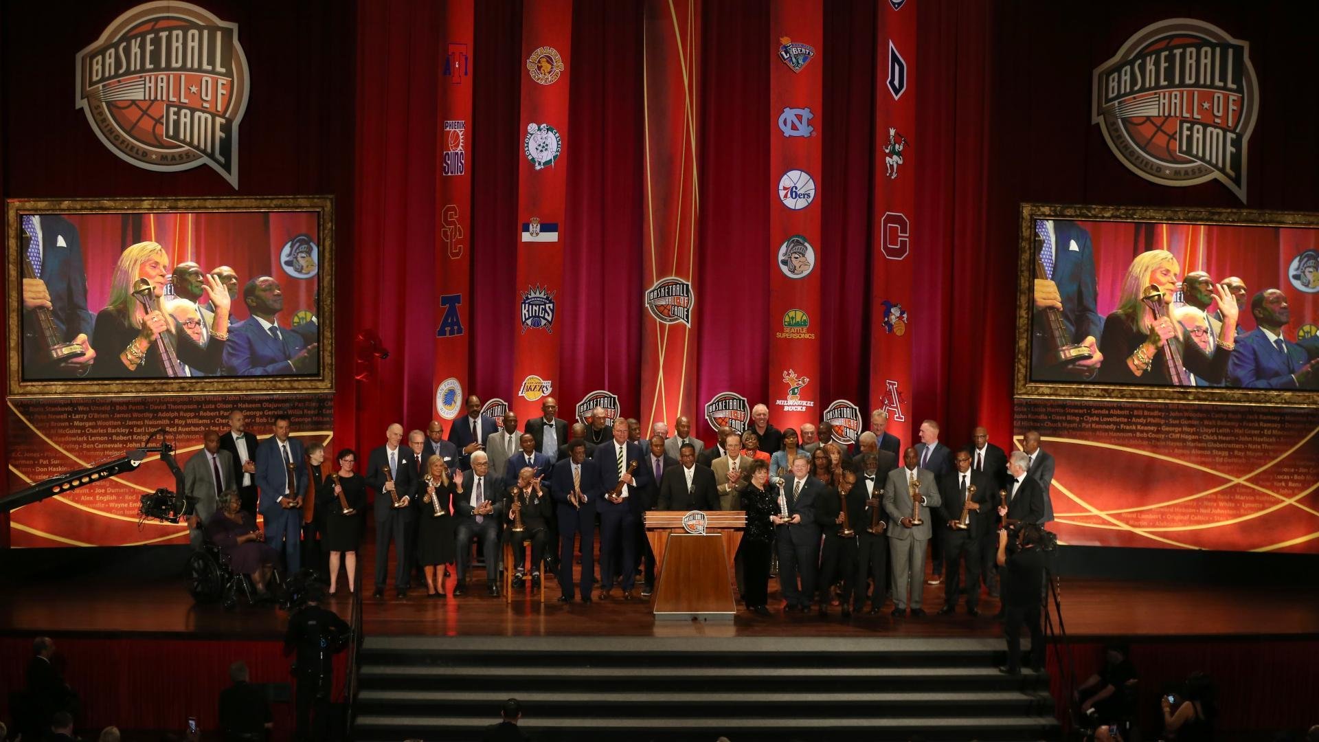 Class of 2019 officially enshrined into Basketball Hall of Fame