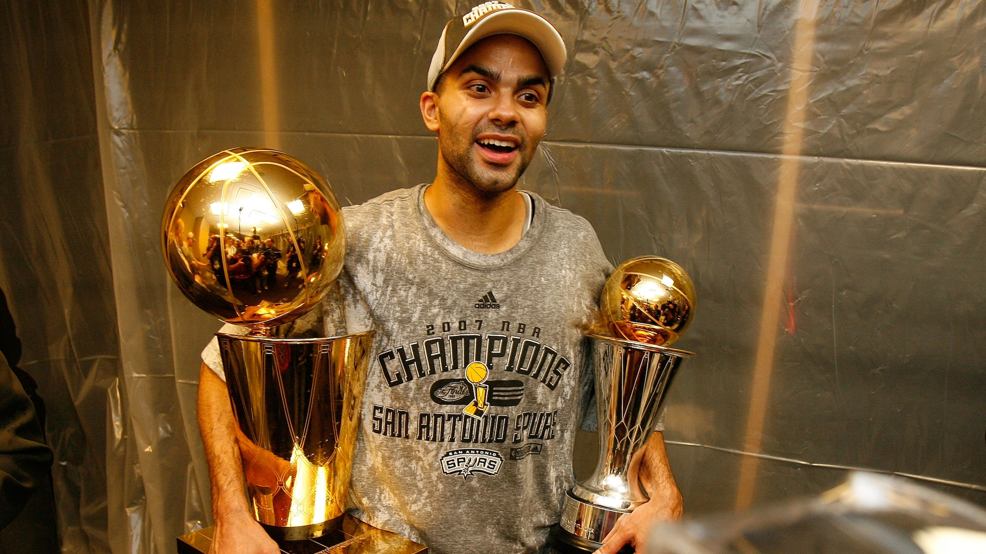 9 signature moments from Tony Parker's career