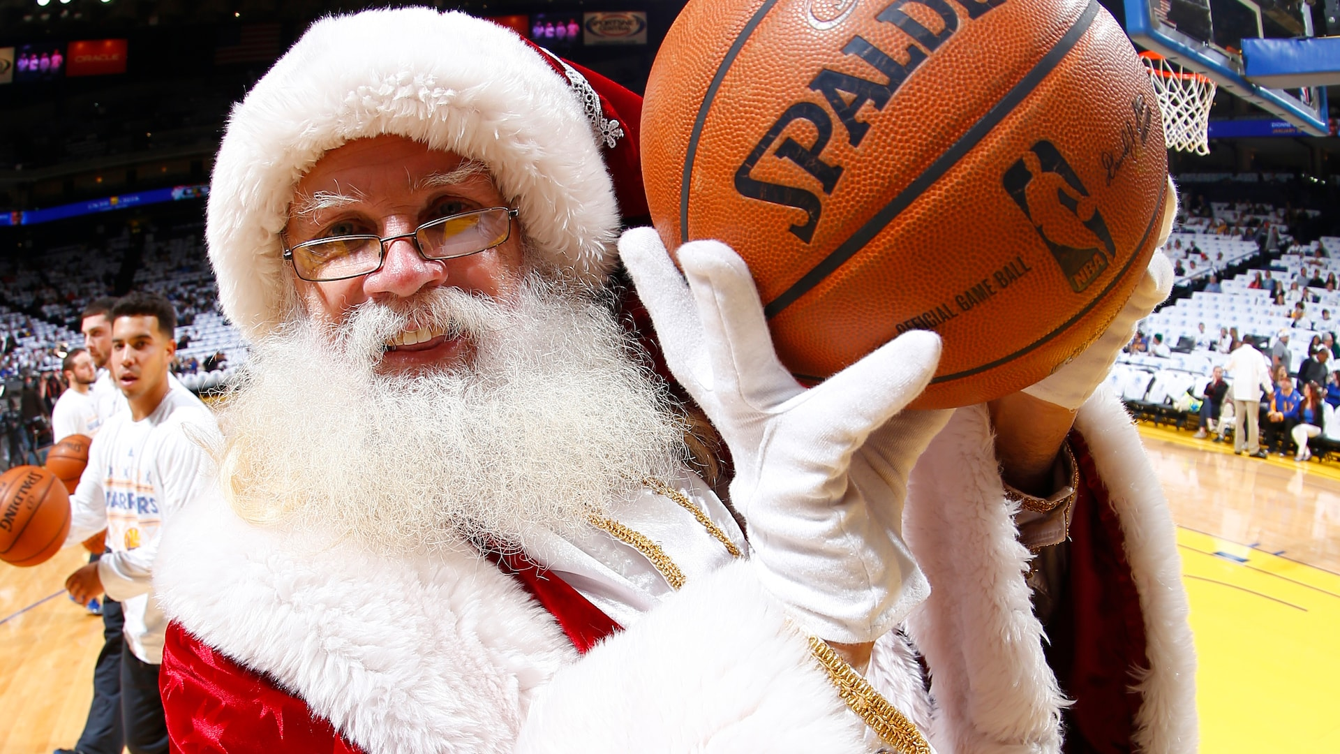 Legendary Moments in NBA History: Best Christmas Day games, performances and more