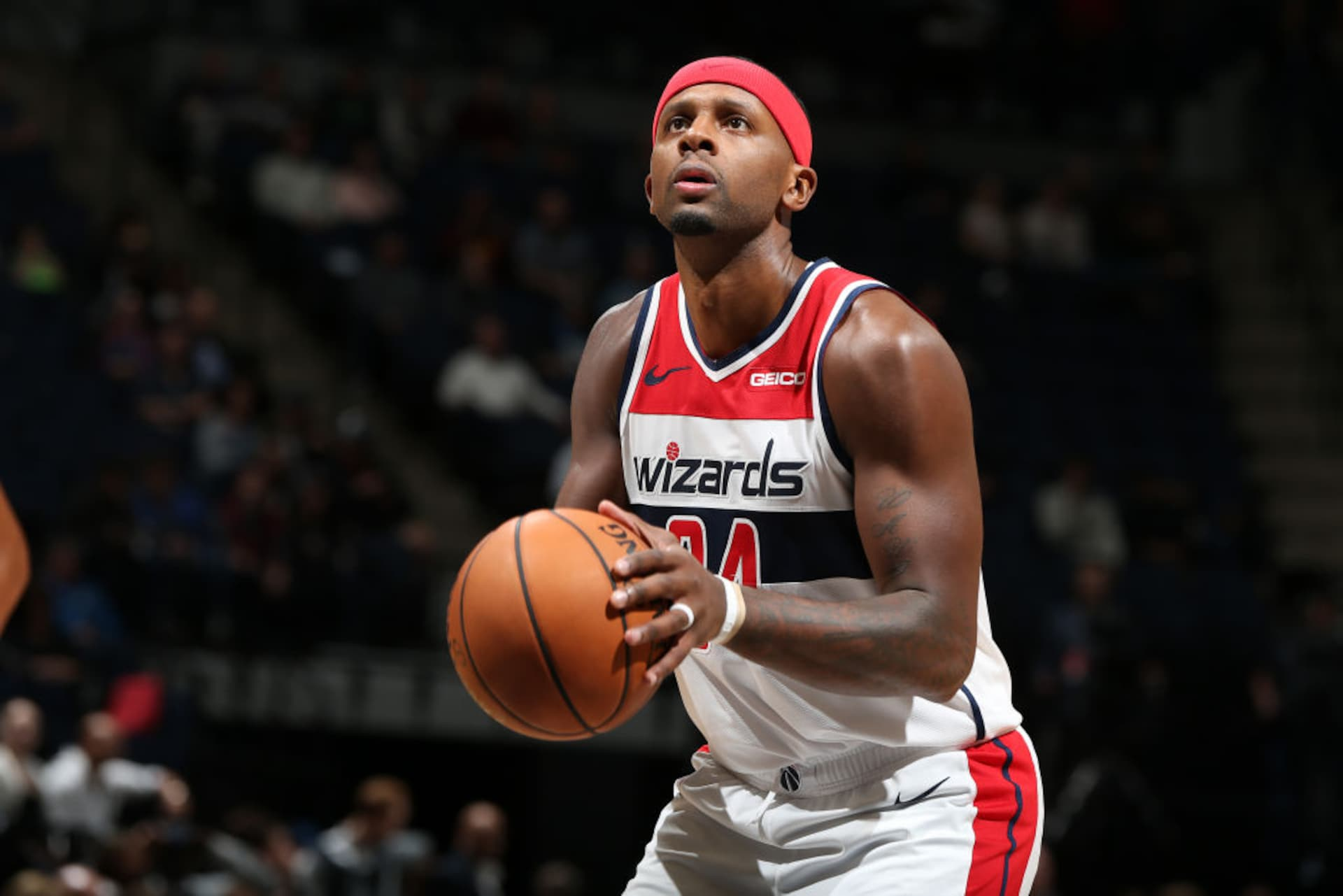 Wizards waive Miles, sign Pasecniks as Beal returns