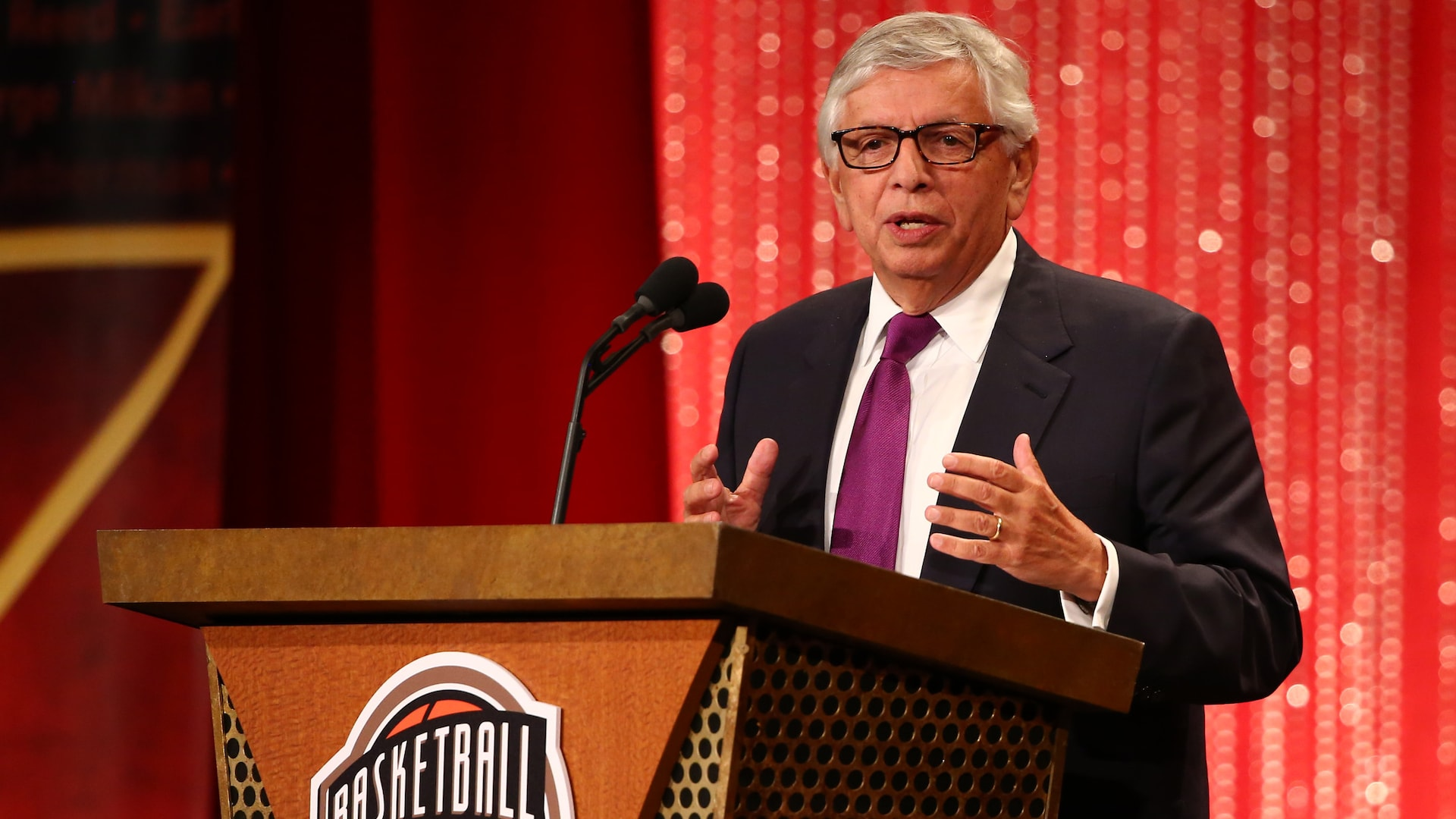 NBA Commissioner Emeritus David Stern dies at 77