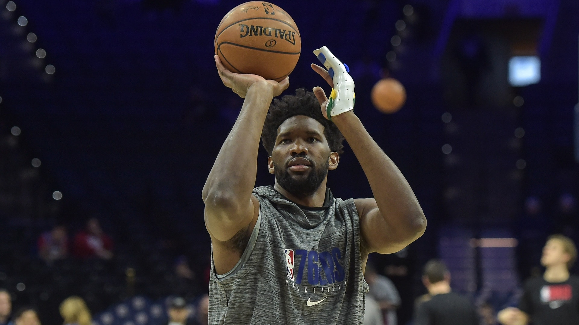 Joel Embiid practices, will be reassessed on Monday
