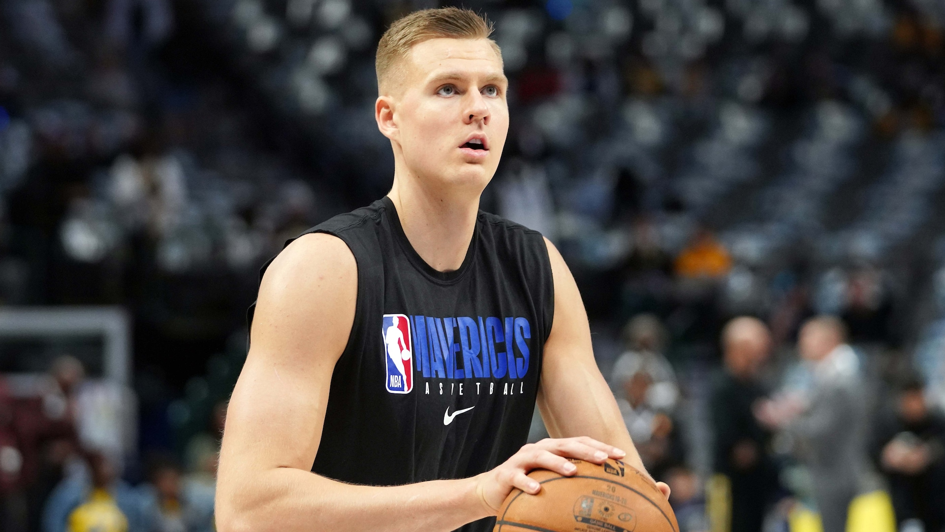 Kristaps Porzingis late scratch, will miss game against Kings