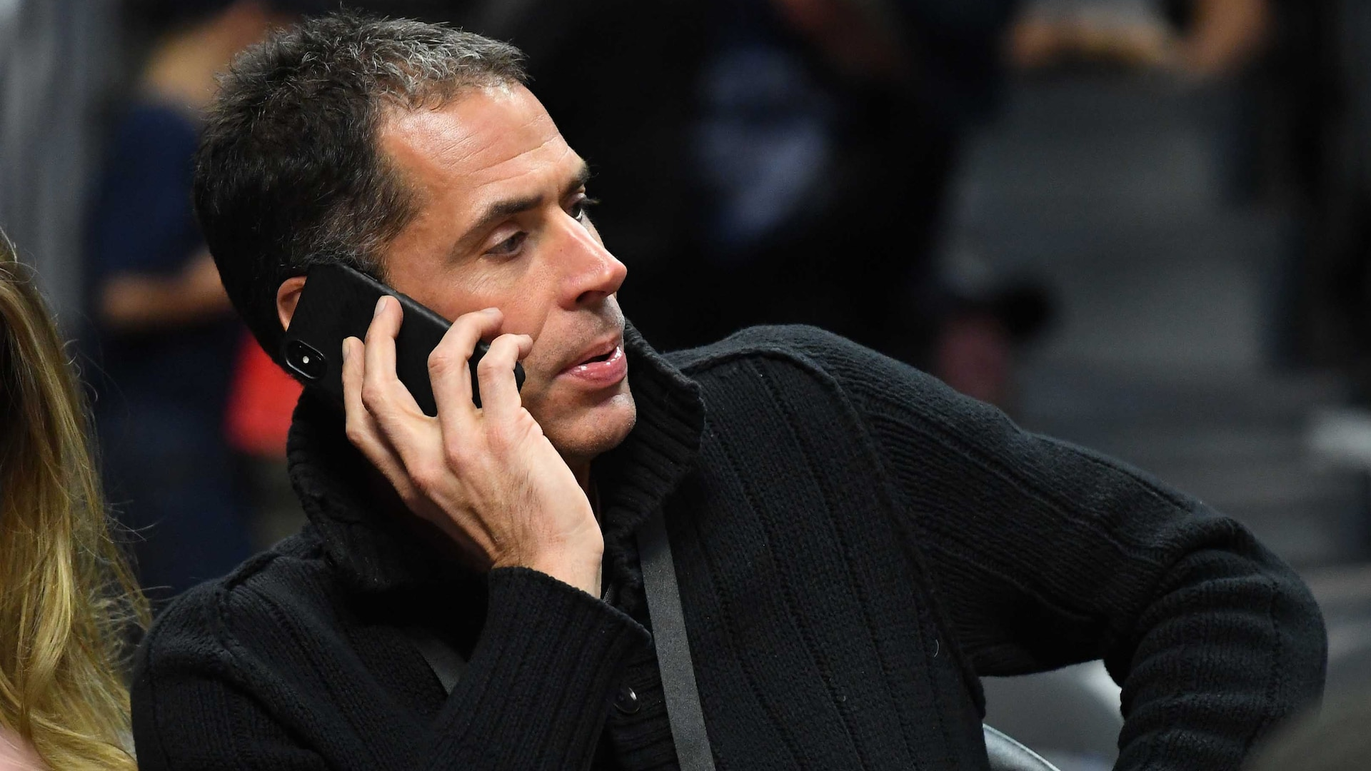 Report: Lakers extend contract of promoted executive Rob Pelinka