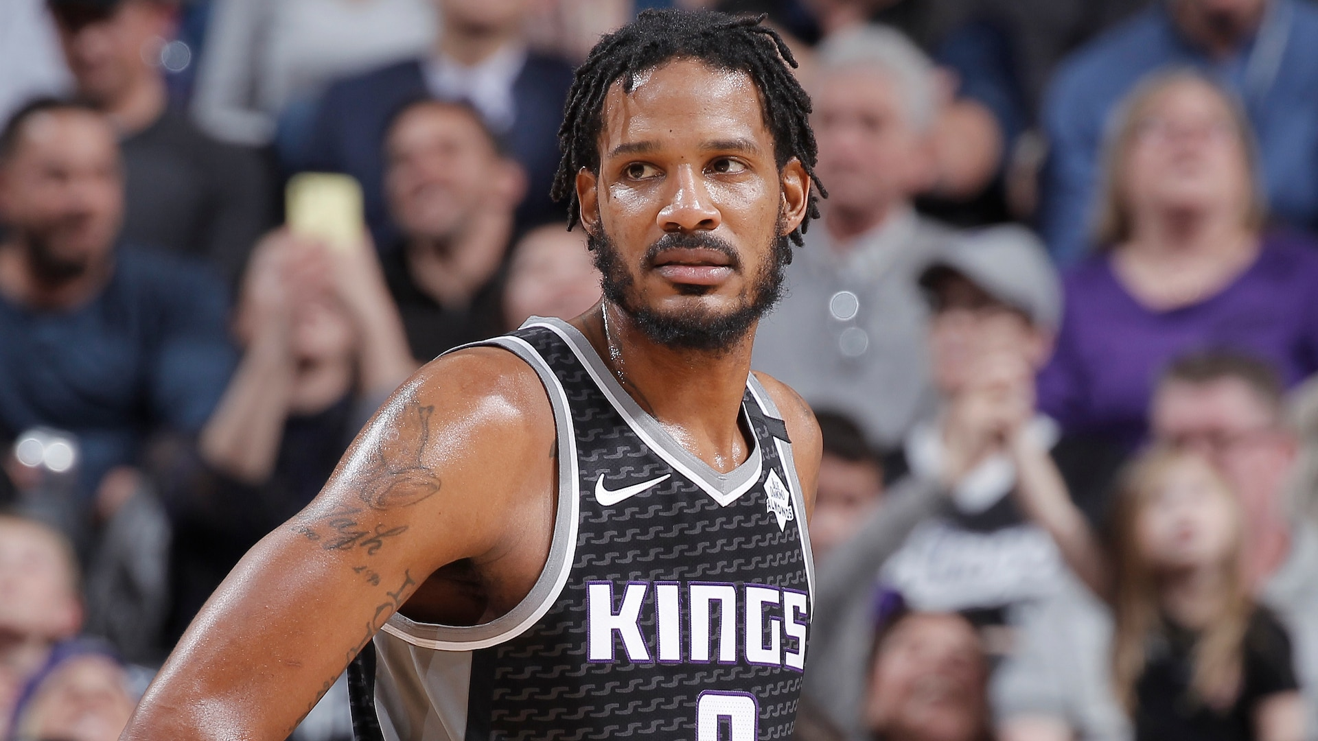 Blazers pick up veteran Ariza in swap with Kings