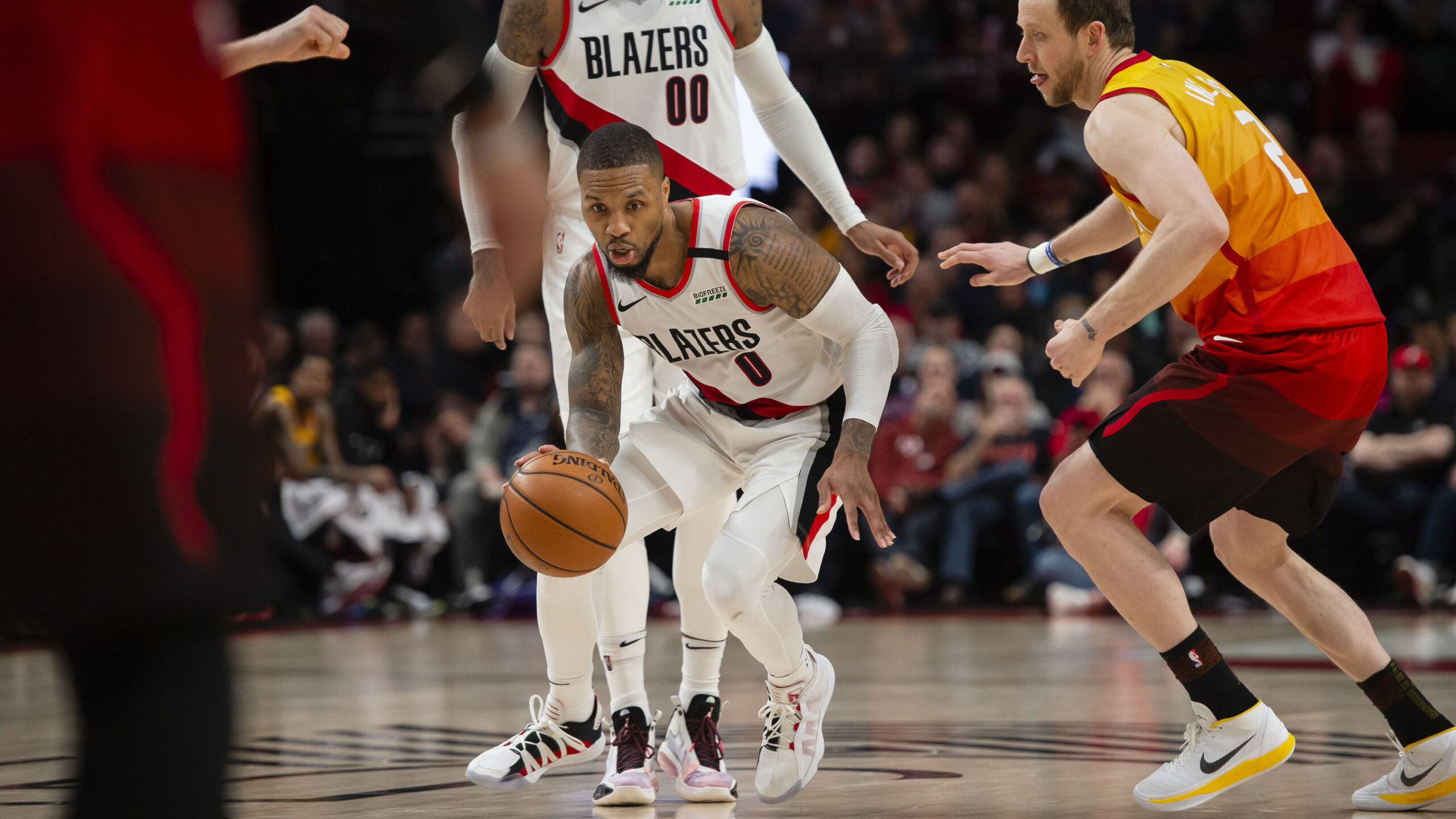 Damian Lillard makes history with torrid 6-game stretch