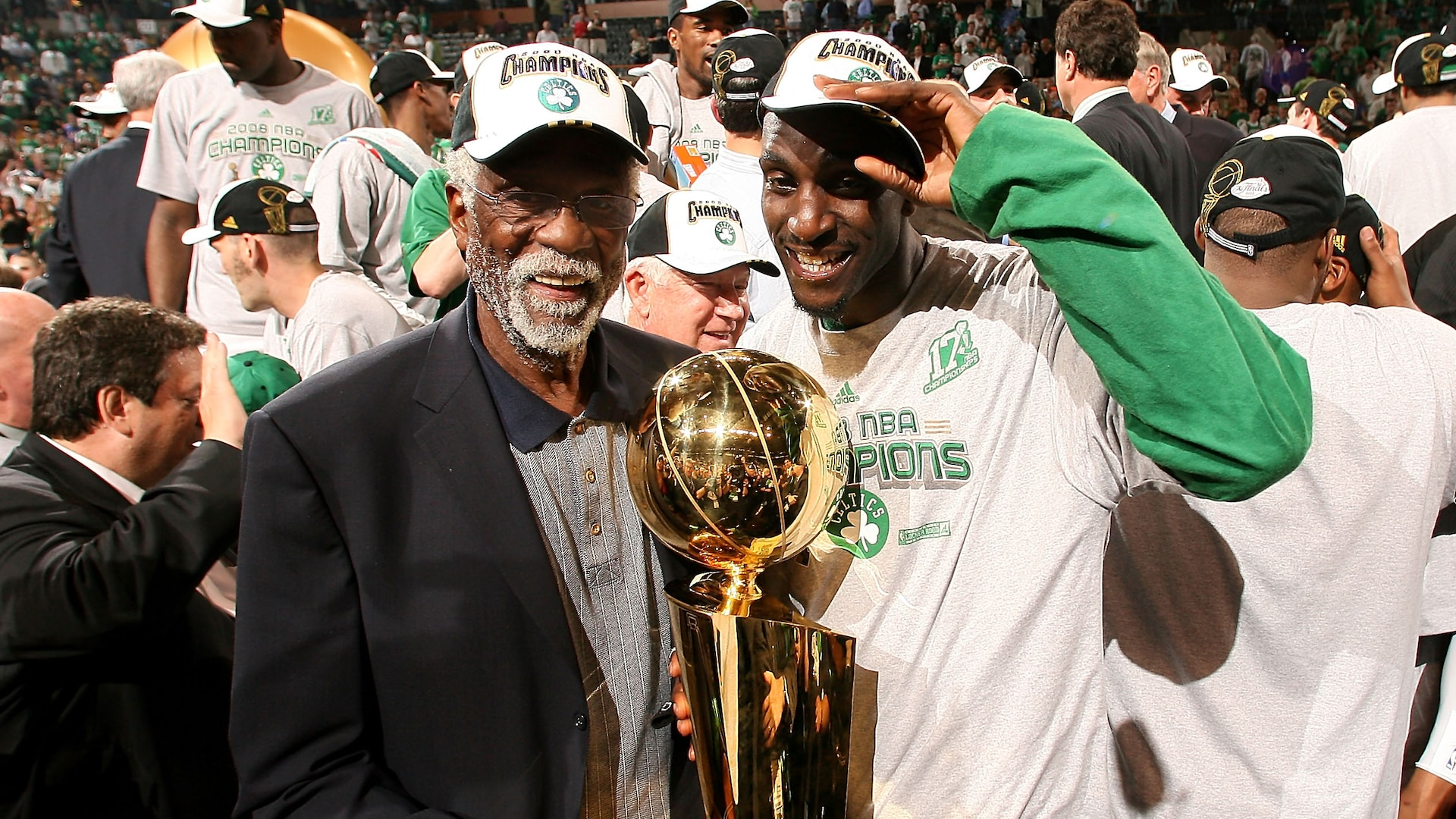 Boston Celtics announce that Kevin Garnett's number will be retired