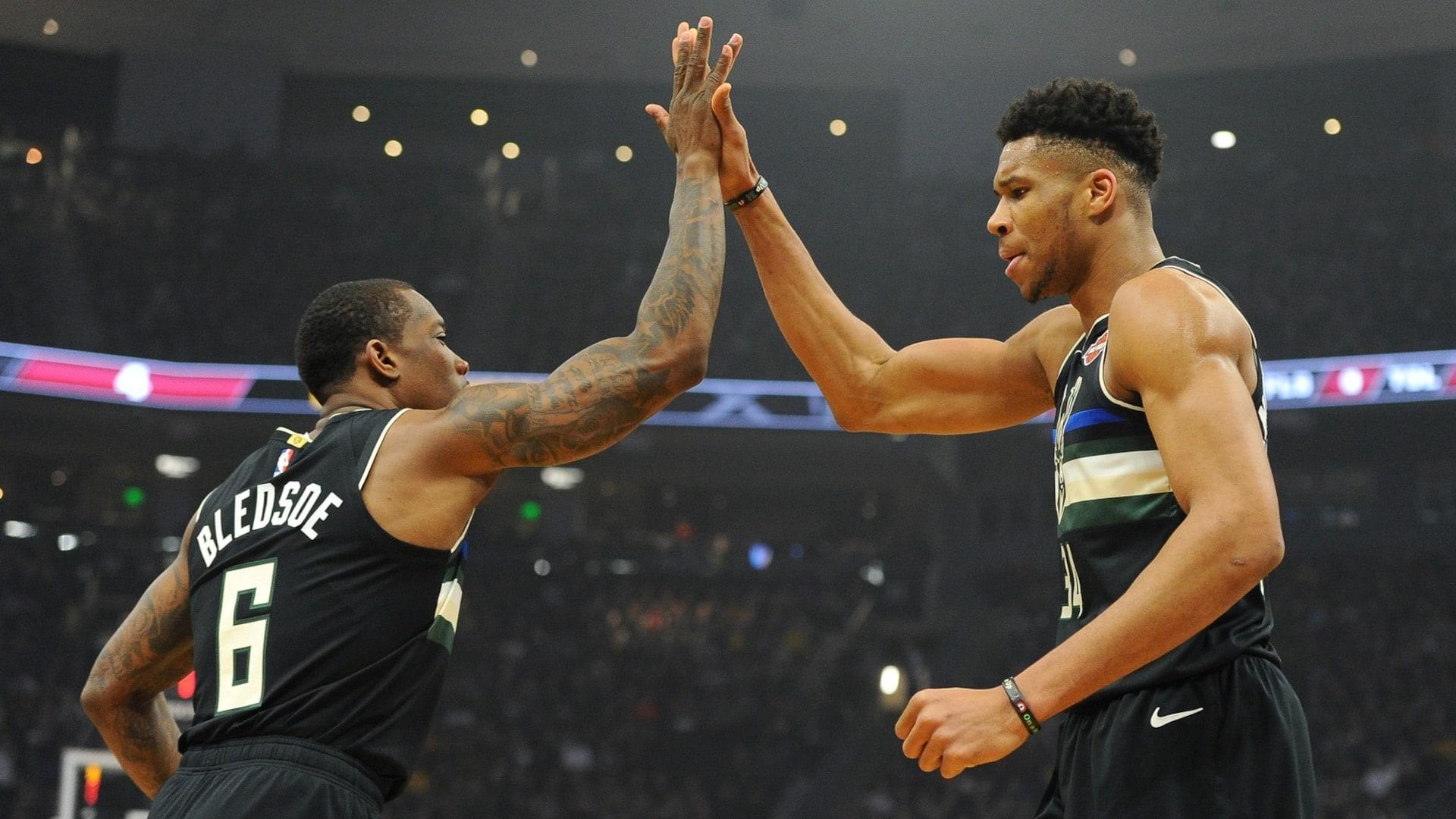 Bucks make history in clinching 2020 playoff berth