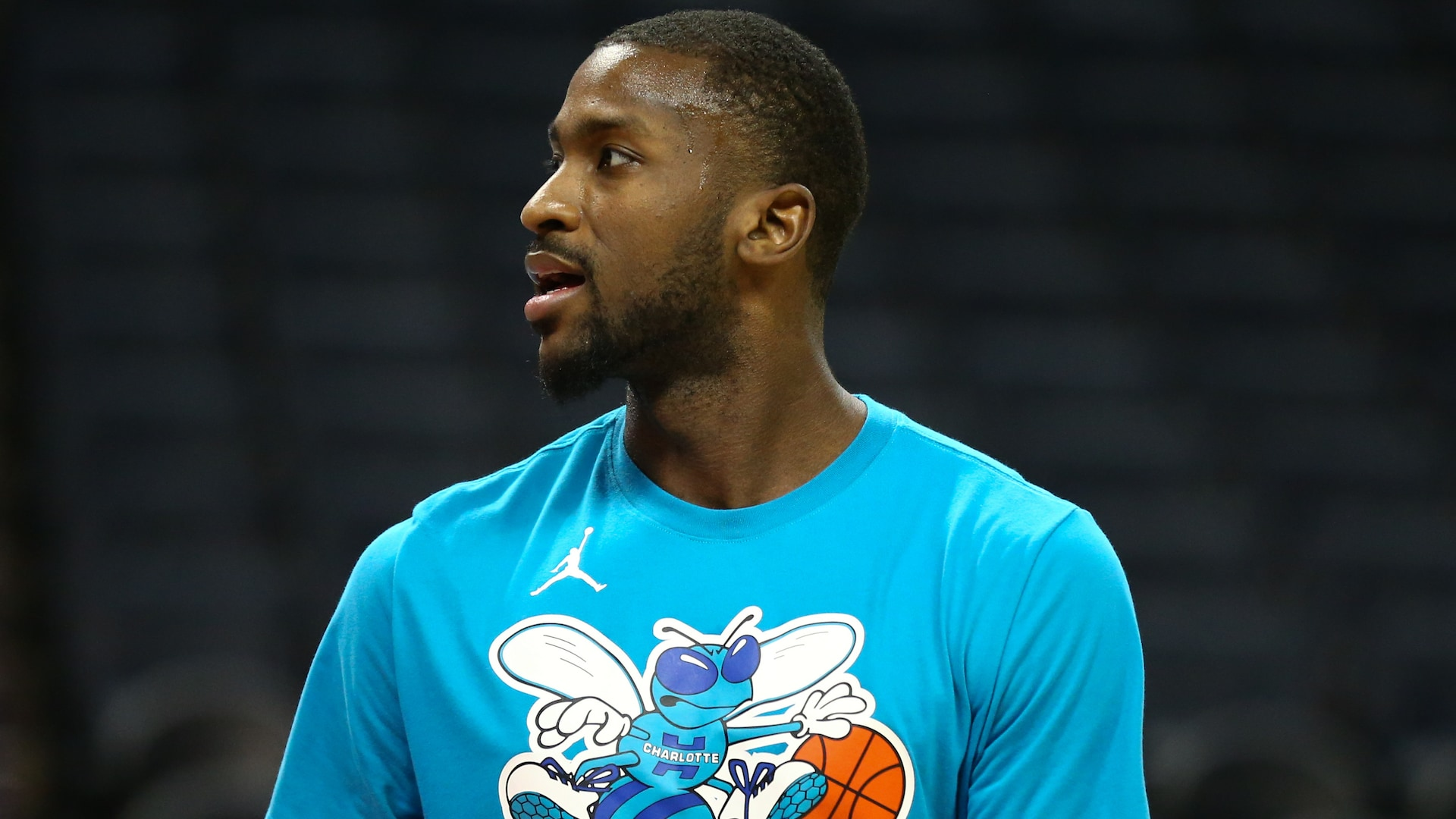 Michael Kidd-Gilchrist signs with Mavericks