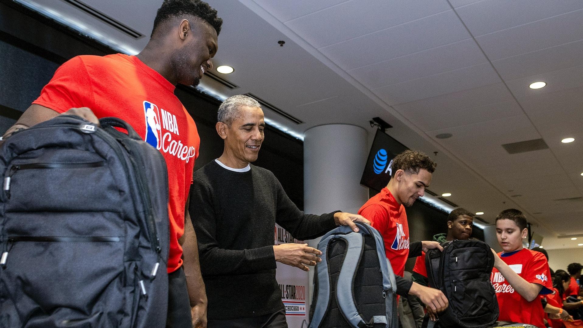 Obama panel celebrates off-court work of NBA stars