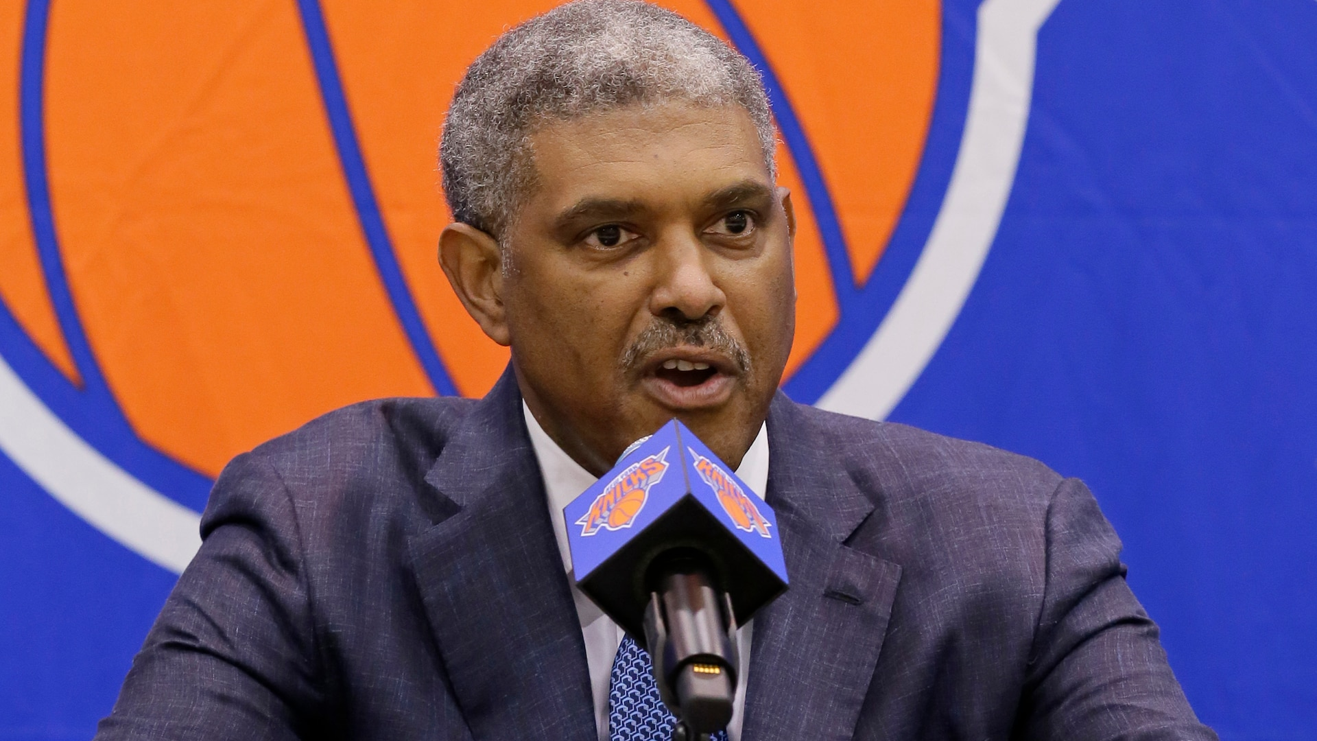 Knicks, team president Steve Mills part ways