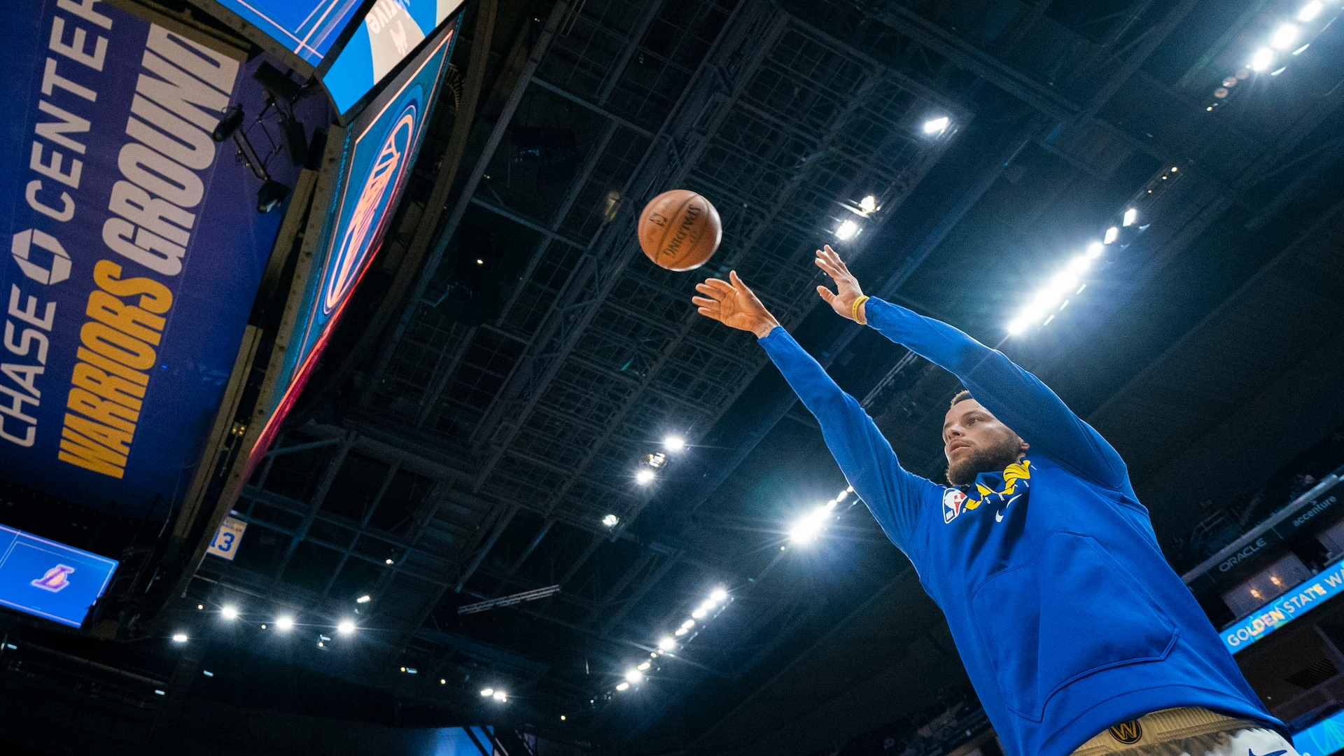 Stephen Curry's return a rare moment Warriors fans can relish this season