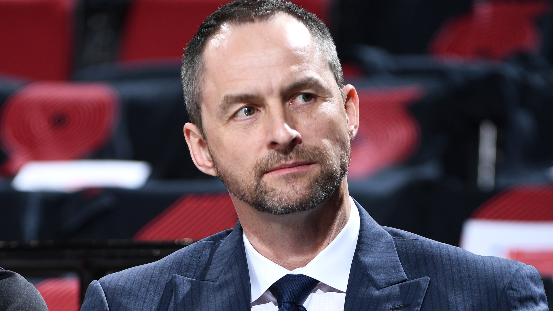 Bulls hire Arturas Karnisovas, fire GM Gar Forman