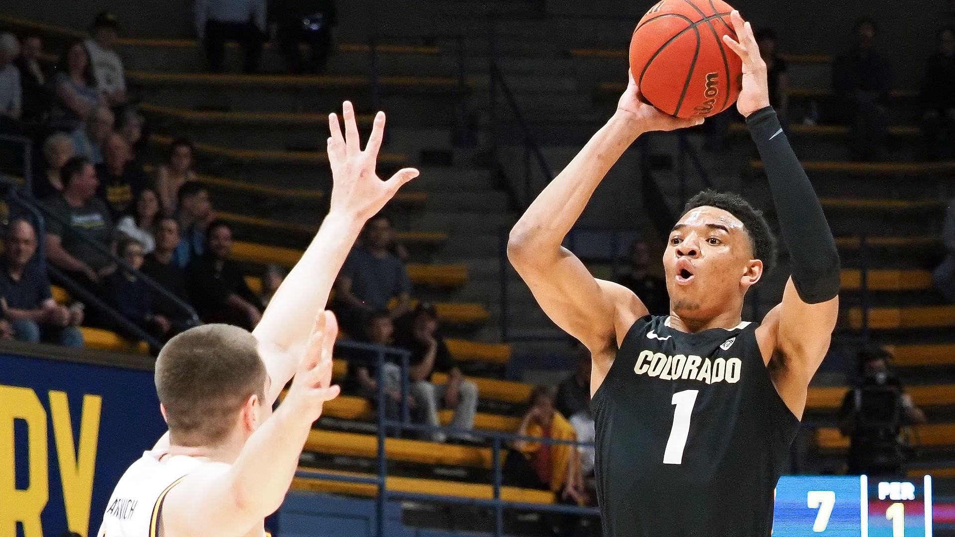 Colorado's Tyler Bey displays high basketball IQ with defense, passing