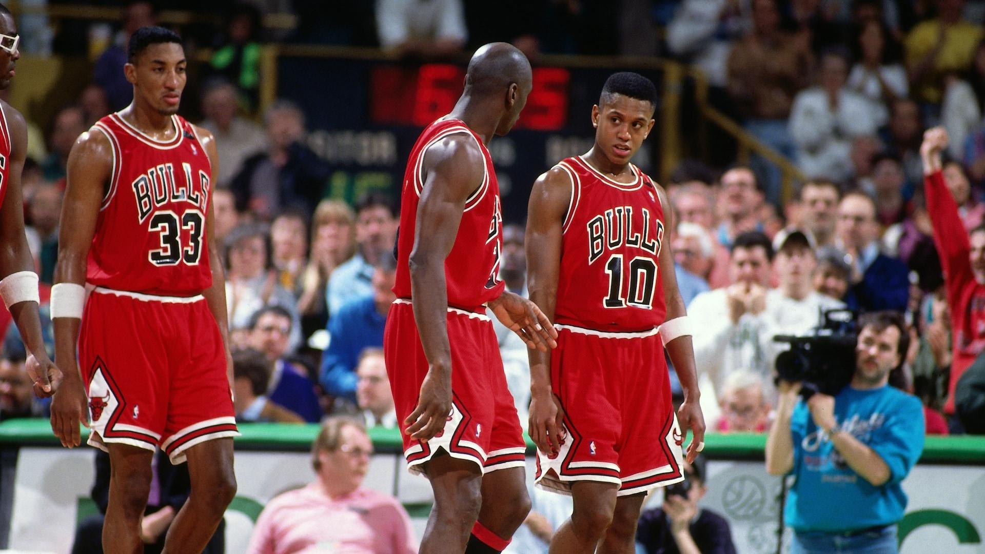 Jordan's teammates saw price of fame firsthand