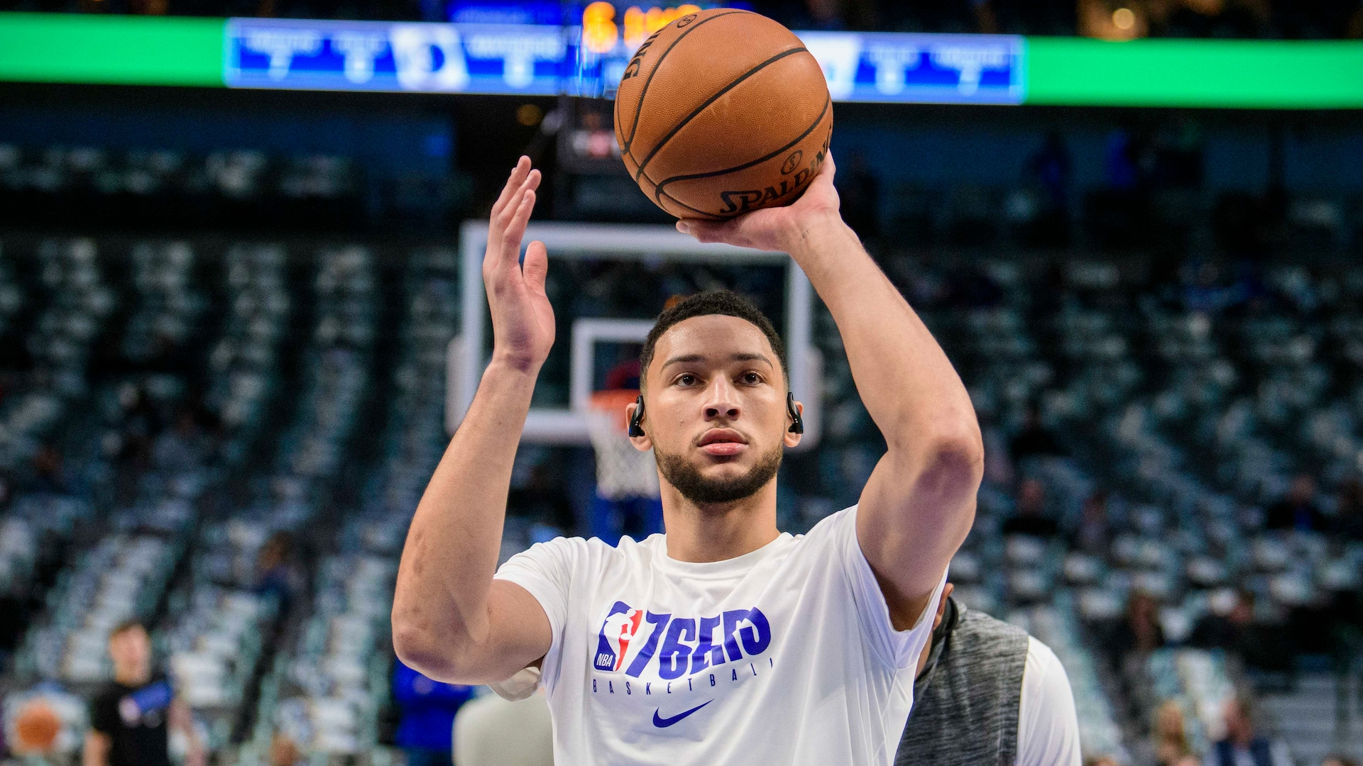 Sixers' Ben Simmons (back) to be reevaluated in 3 weeks