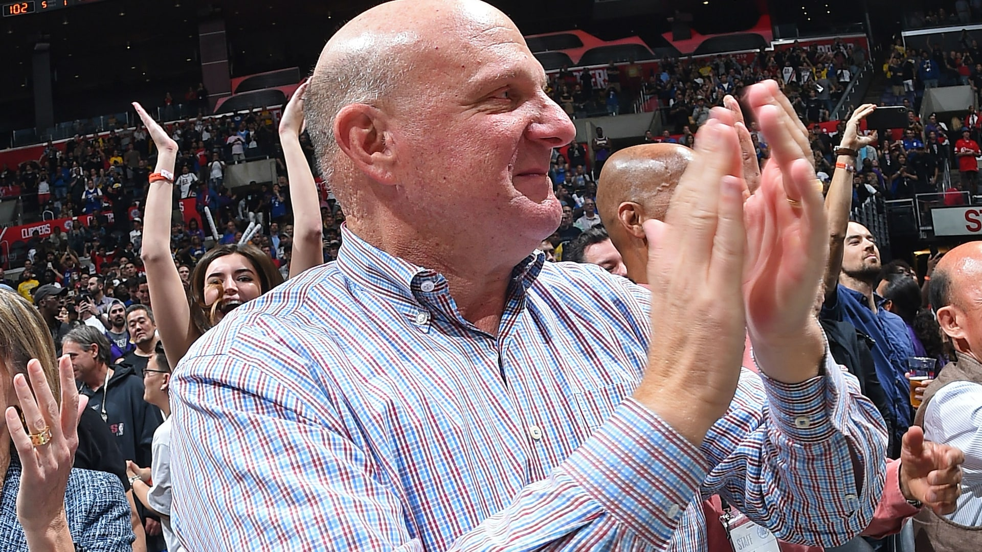Clippers owner completes $400 million deal for The Forum
