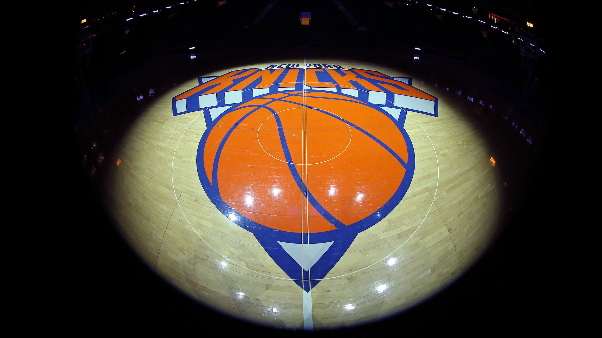 Knicks hire William Wesley as executive vice president