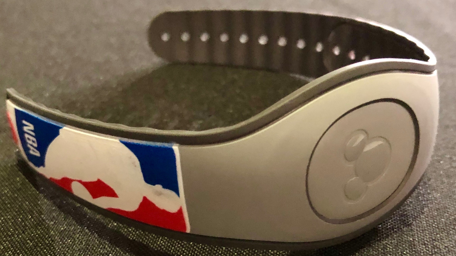 Disney World Diary: MagicBand passports reprogrammed to keep campus safe