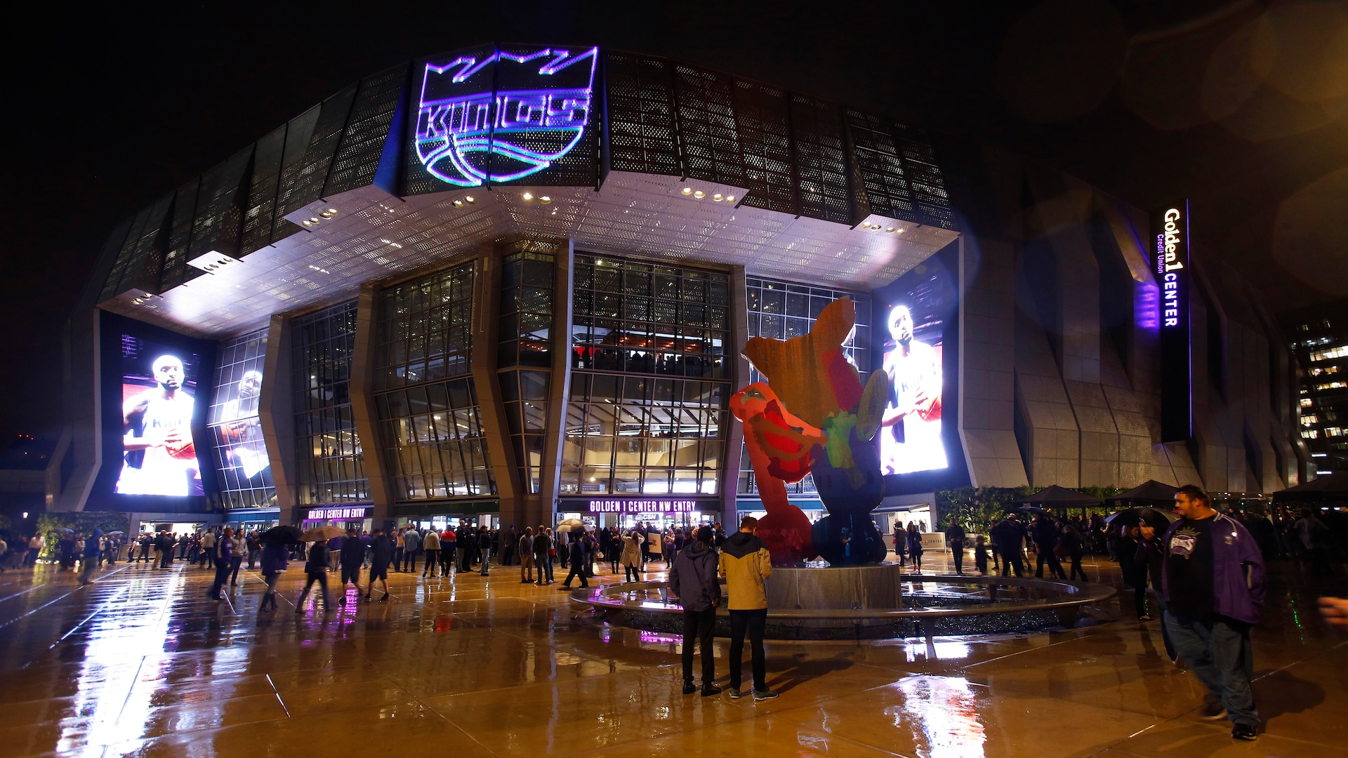 Kings to open Golden 1 Center as voting center for fall elections