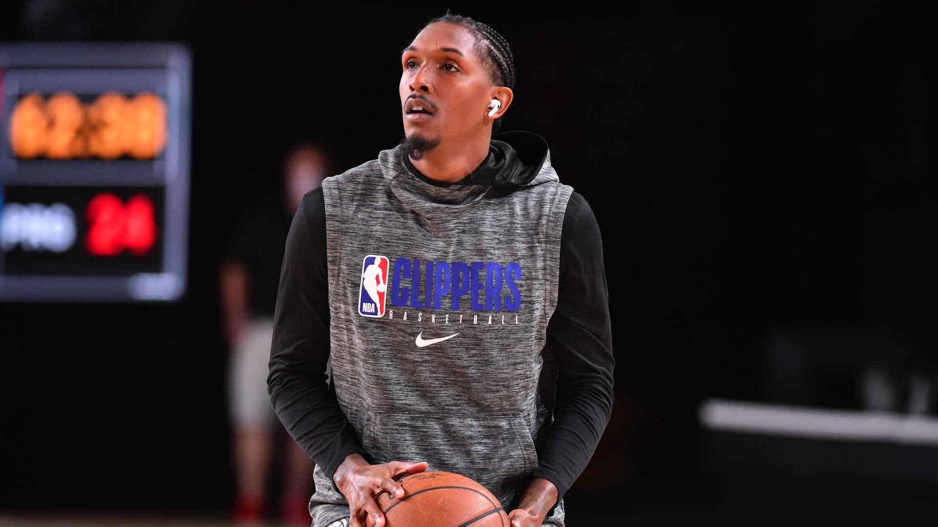 Reports: Lou Williams leaves NBA campus for personal reasons