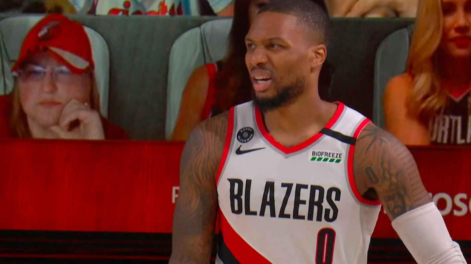 Damian Lillard suffers right knee injury in Game 4, needs second MRI