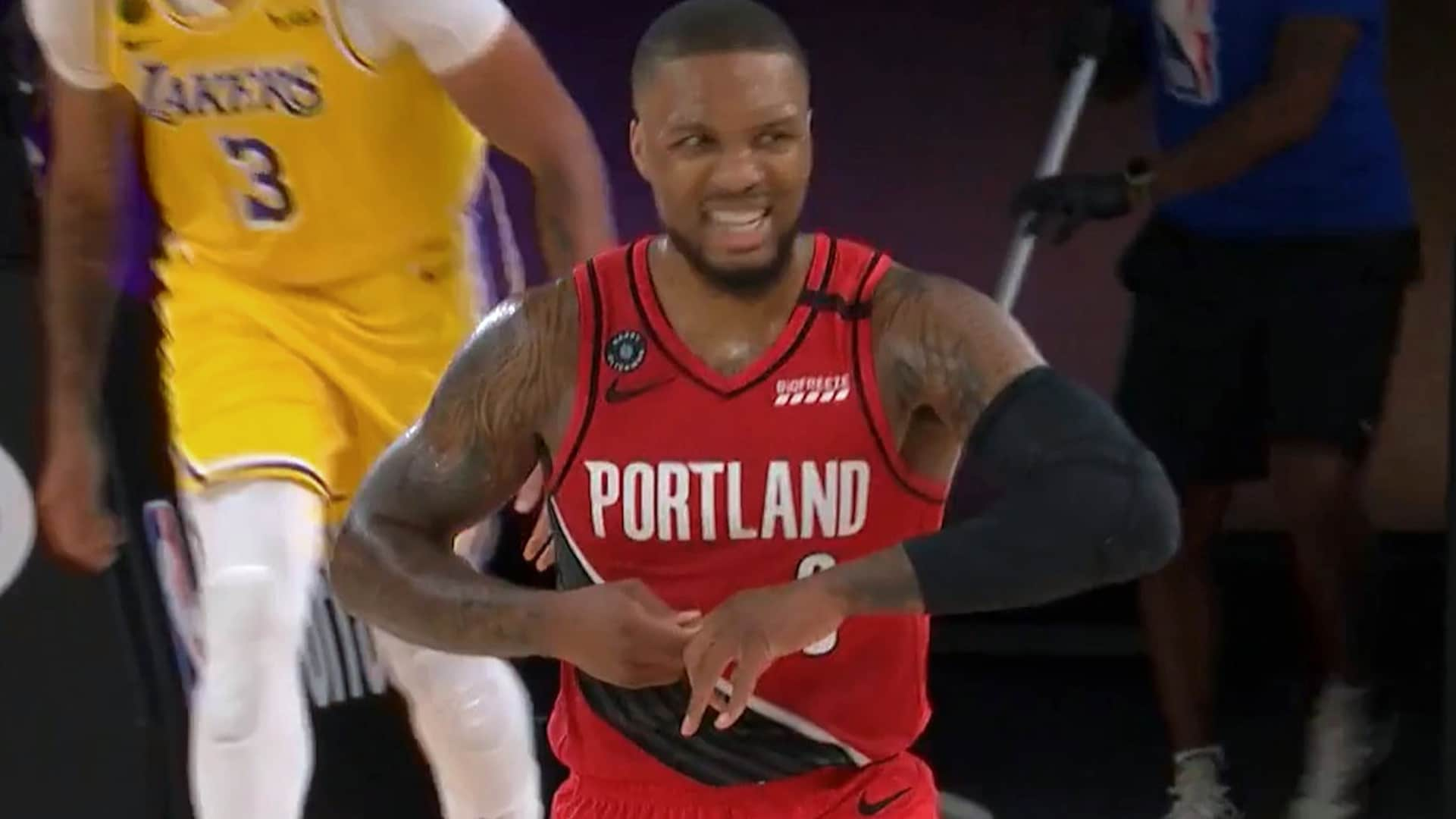 Lillard, Rondo active for Game 3 of Lakers-Blazers