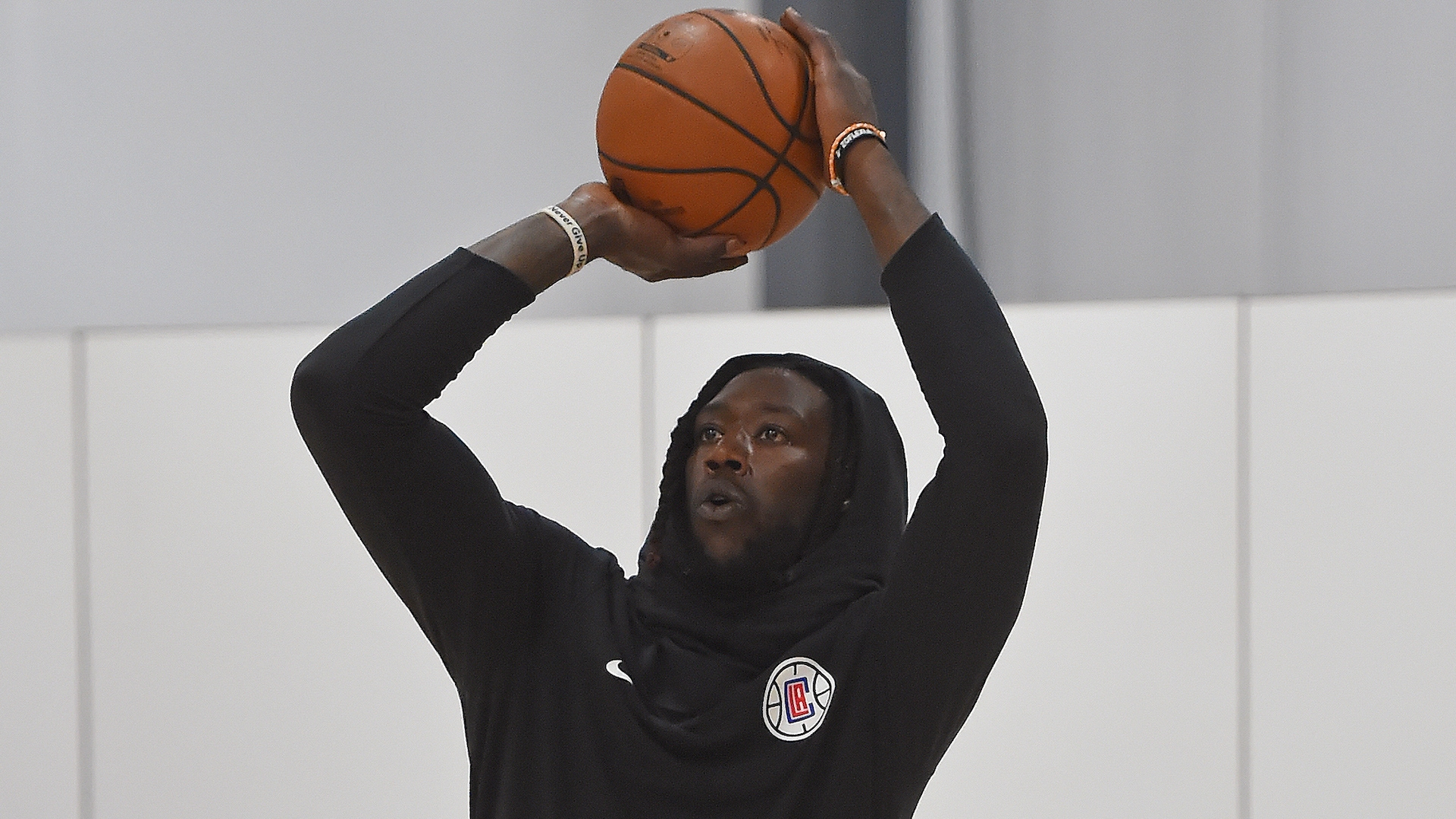 Clippers' Montrezl Harrell posts he has returned to NBA campus