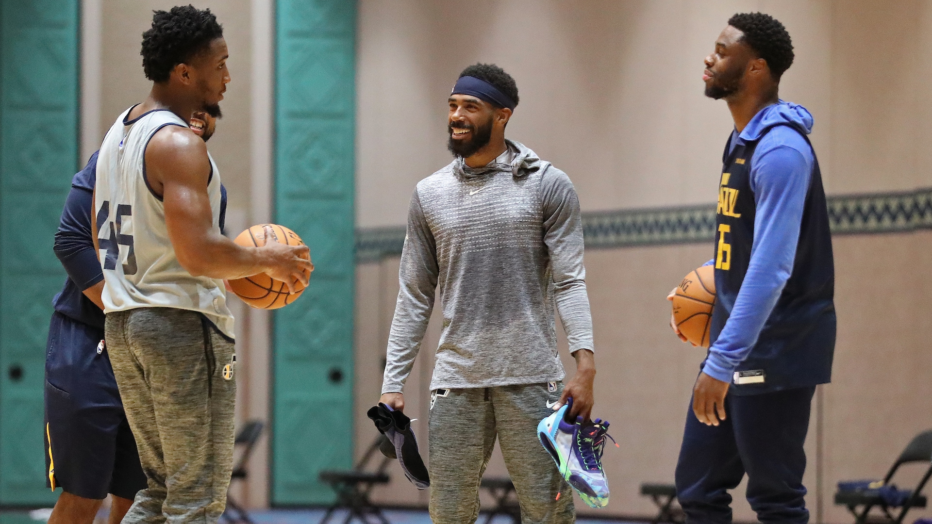 Jazz guard Mike Conley leaves Orlando for birth of son