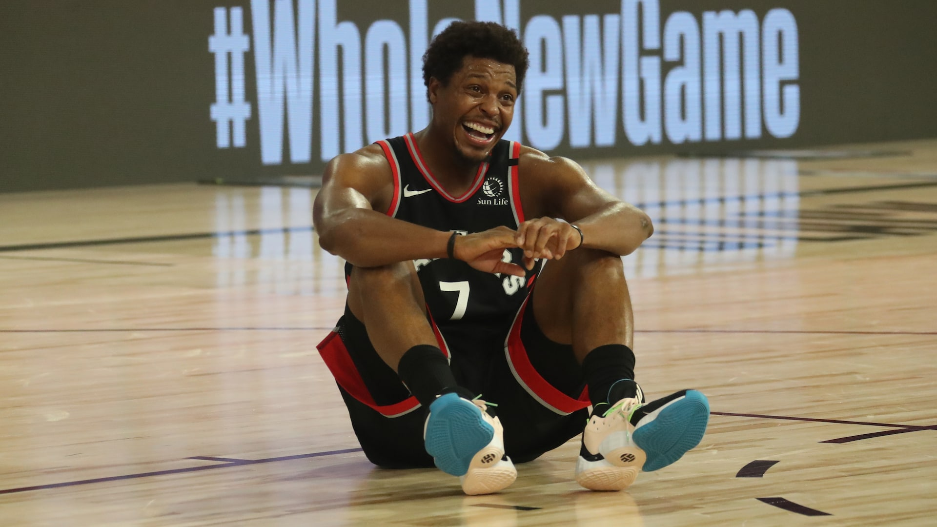 Kyle Lowry sets stage for Game 3 win with his scoring, game-winning dime