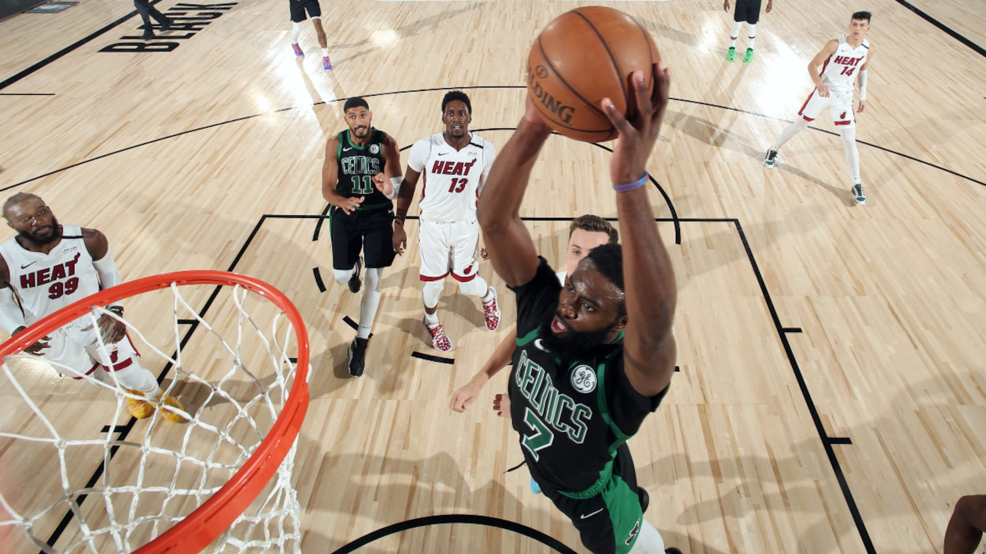 Walker's halftime speech settles Celtics, who respond with series-saving run