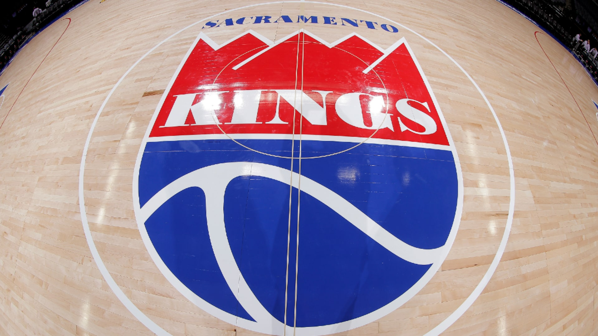 Kings hiring Monte McNair as general manager