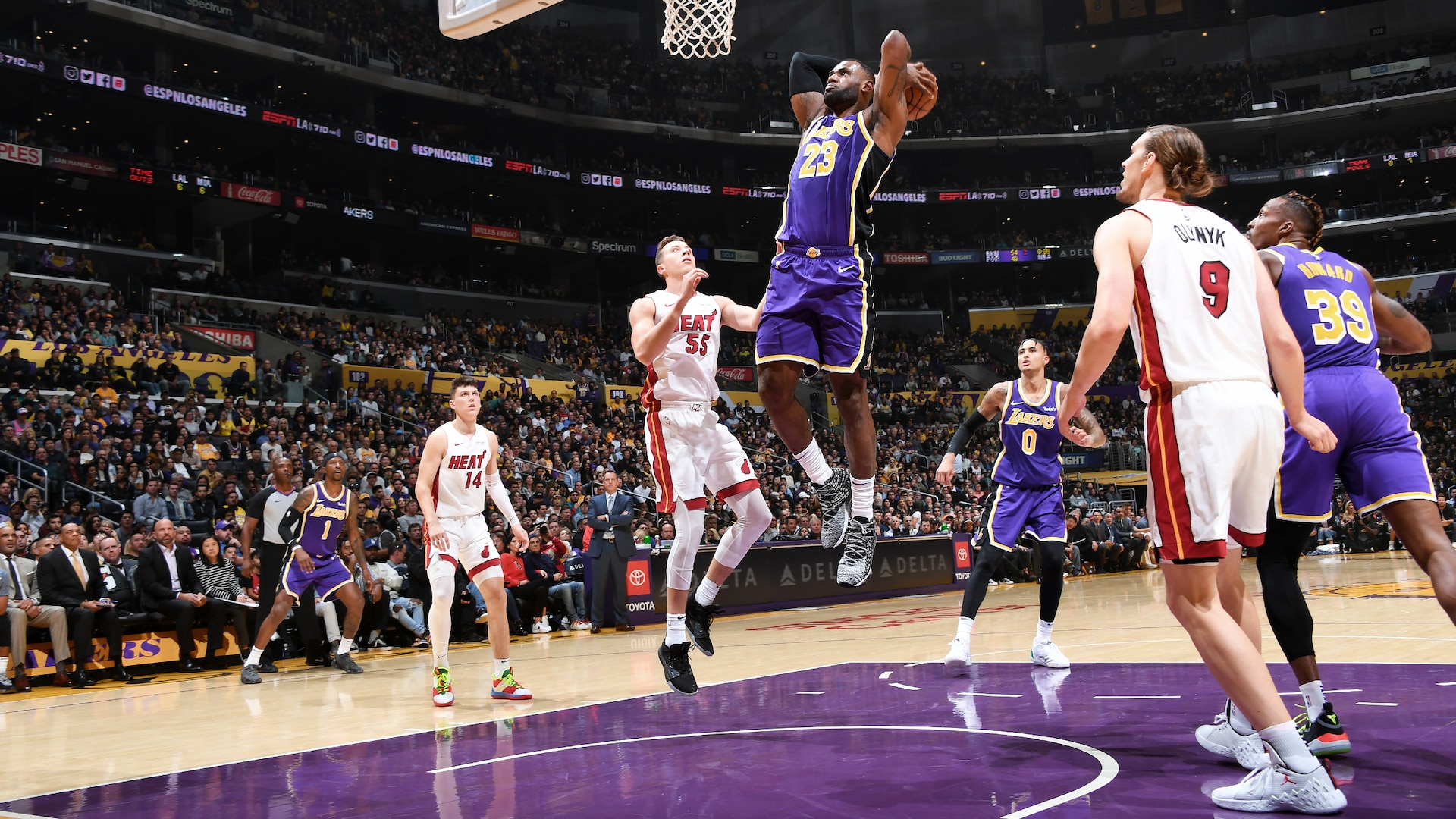 Film Study: How Lakers can attack Heat's zone defense