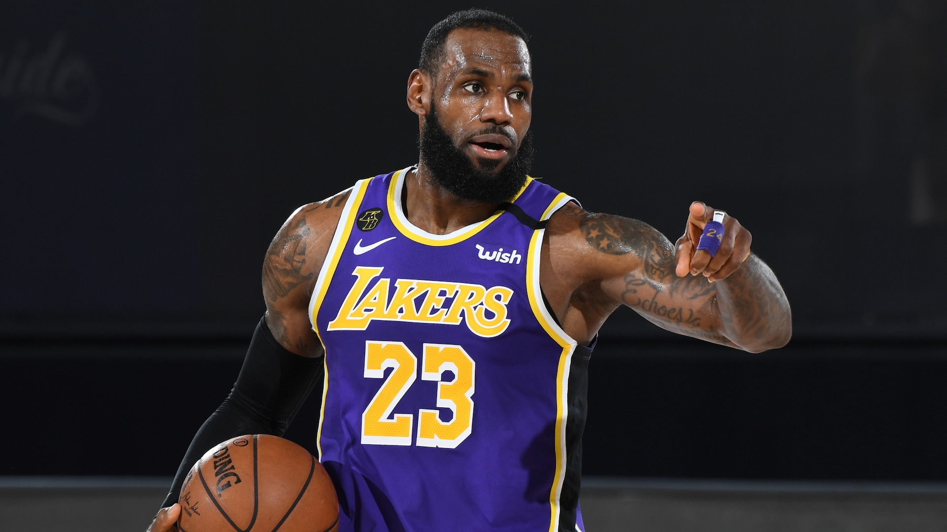 LeBron James, Lakers lead NBA's jersey and merchandise list during restart