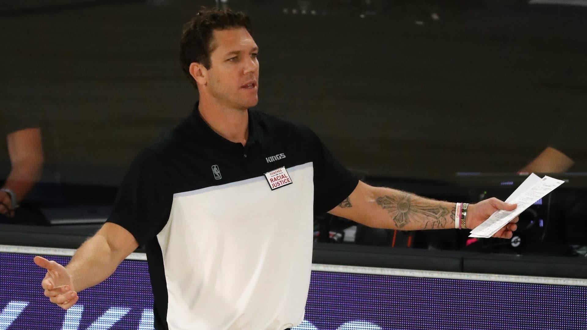 New Kings GM Monte McNair commits to Luke Walton as coach