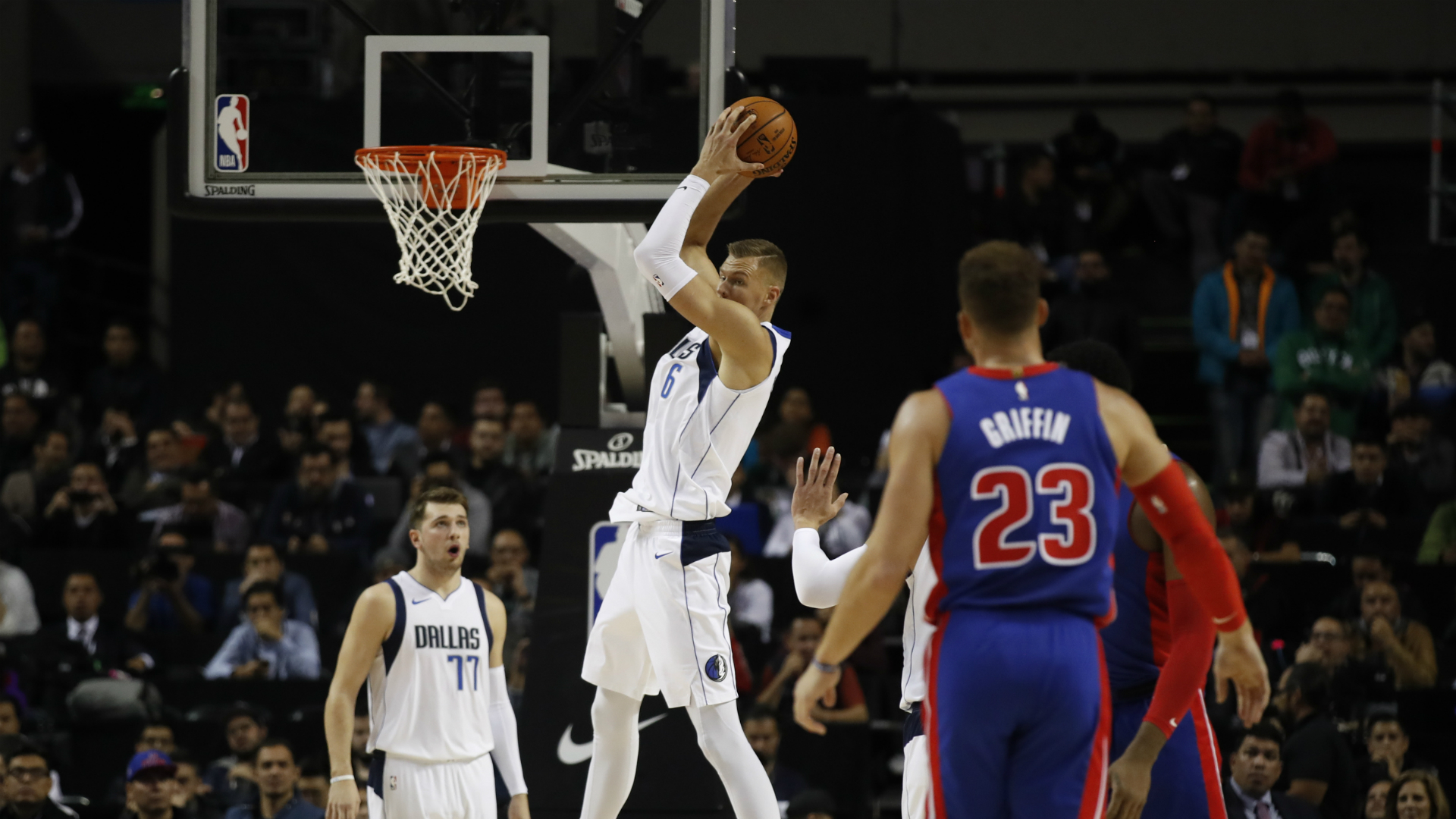 Mavericks @ Pistons