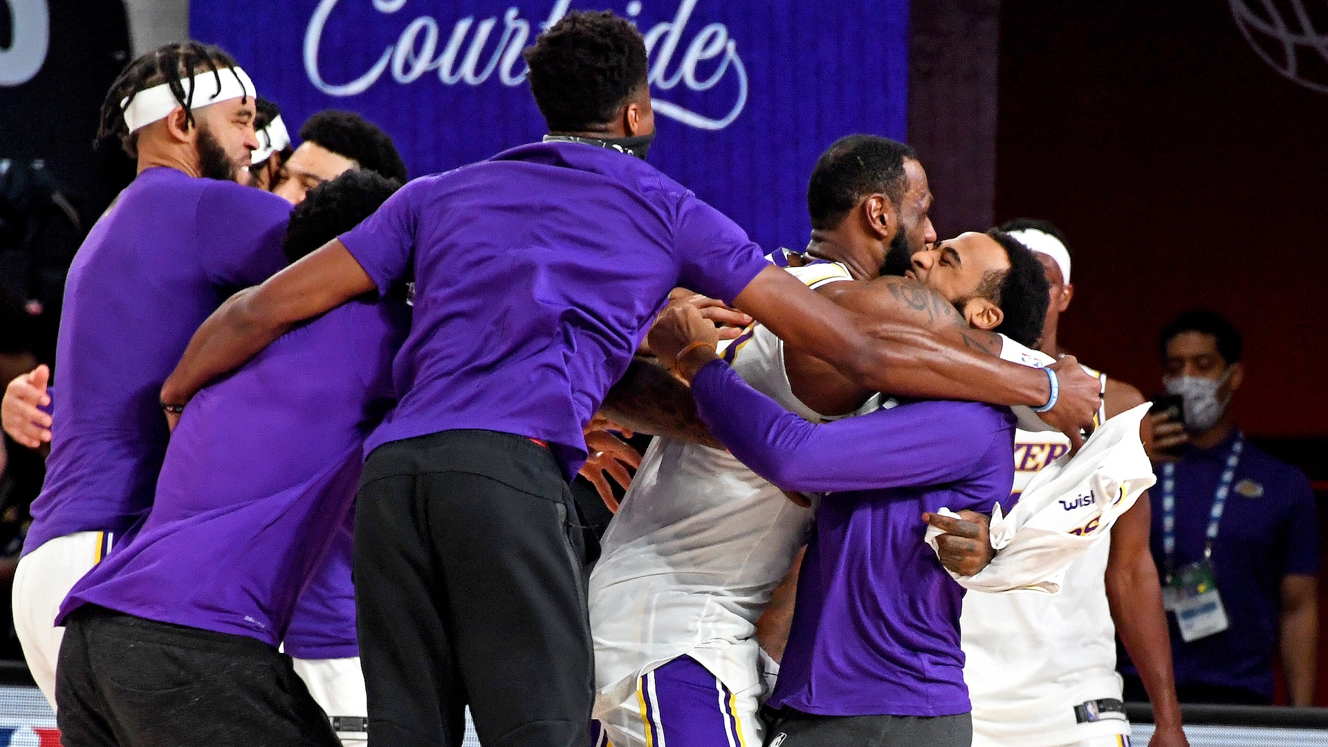 24 thoughts on the Lakers' Finals-clinching Game 6 vs. Heat