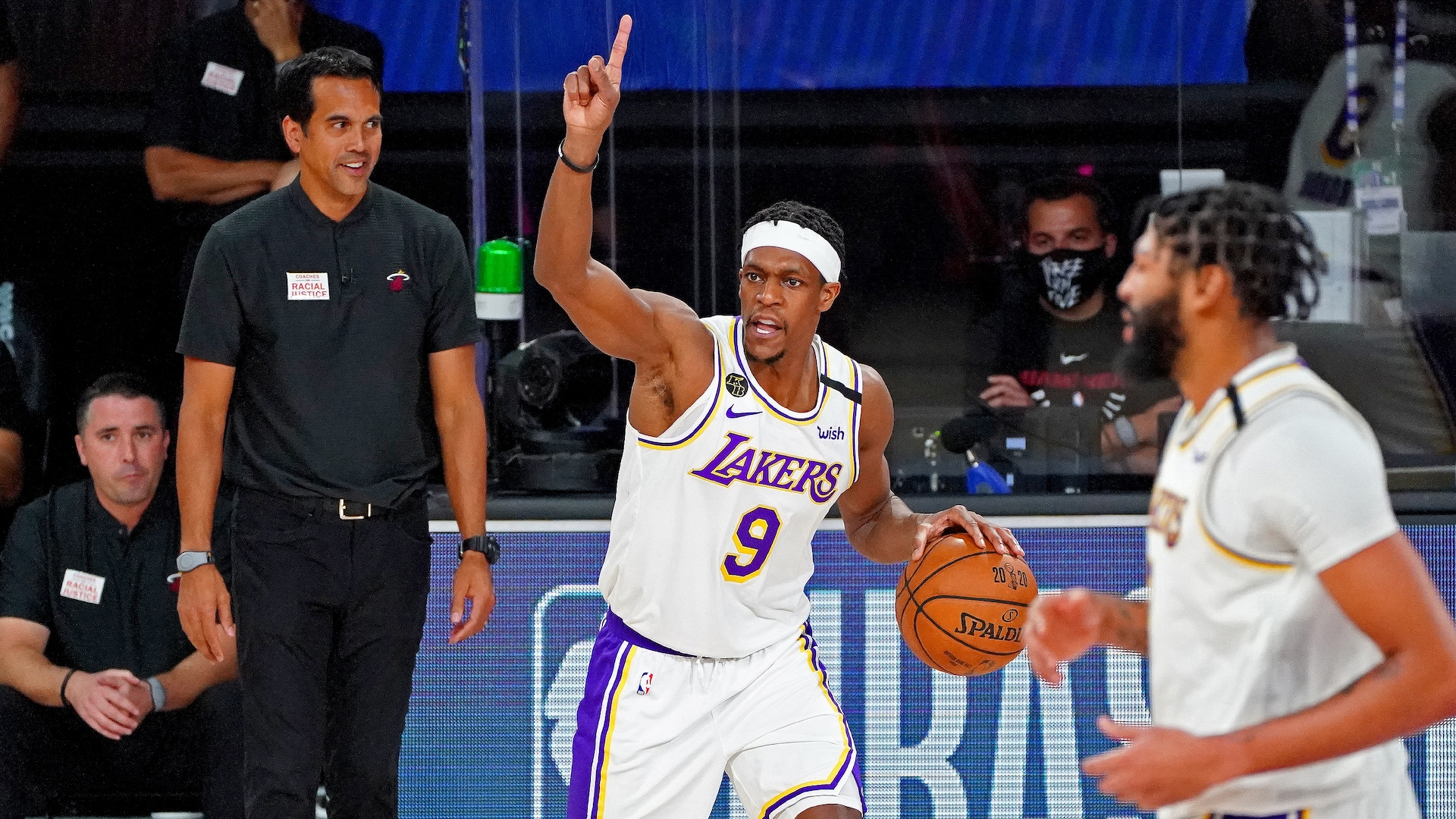 Full circle from quick success in Boston, Rajon Rondo wins title with L.A.