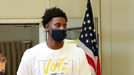 NBA players vote across the country