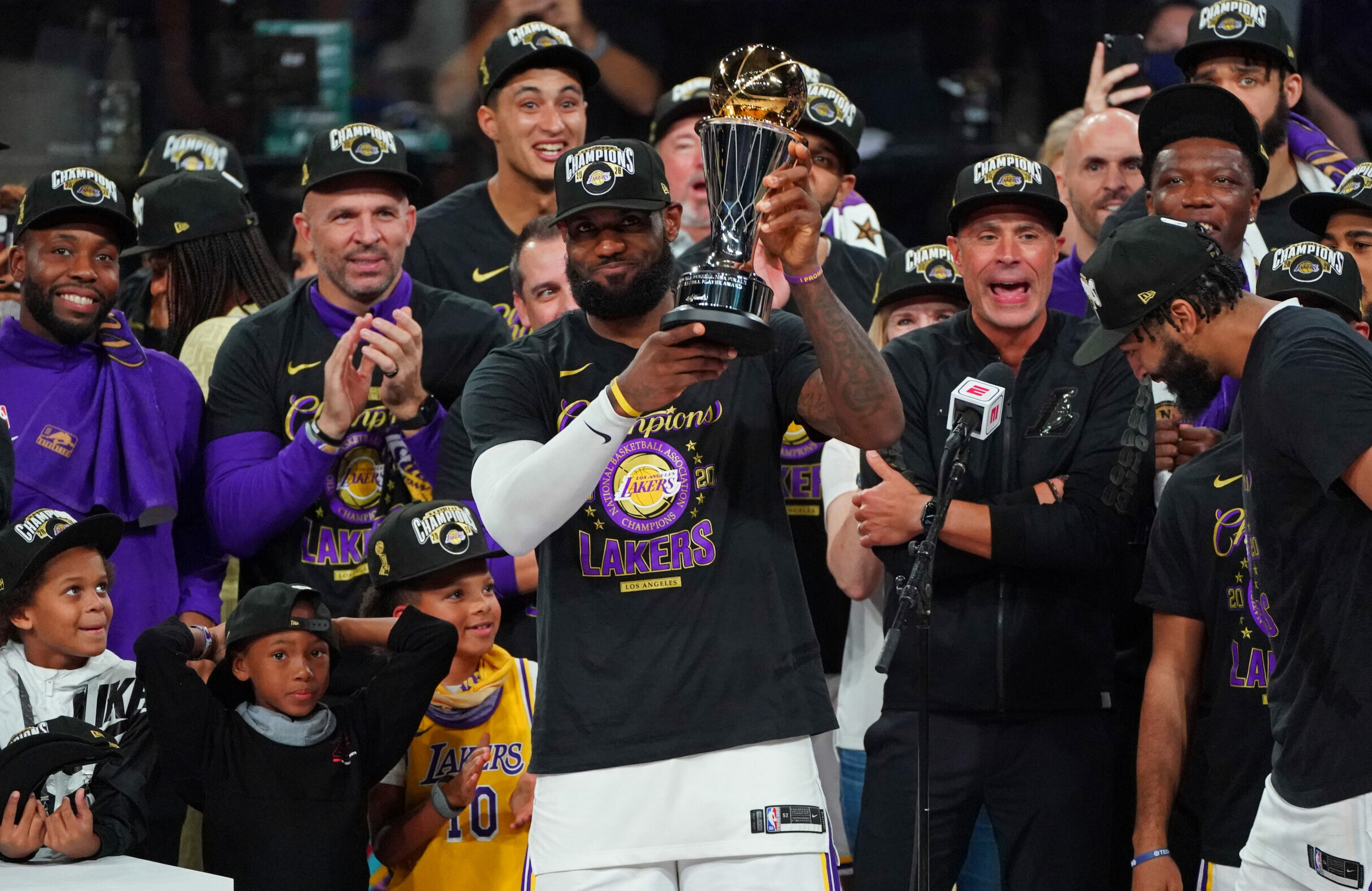 LeBron James makes Finals MVP history in 2020