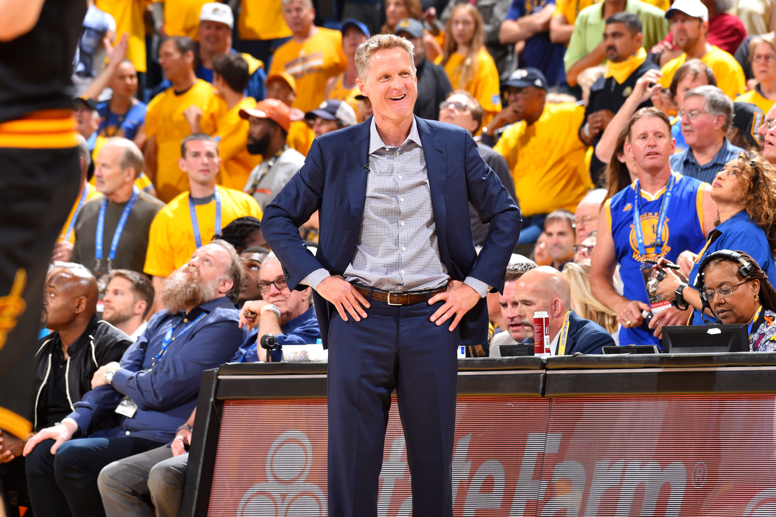Warriors' Steve Kerr votes, then works Chase Center drop spot