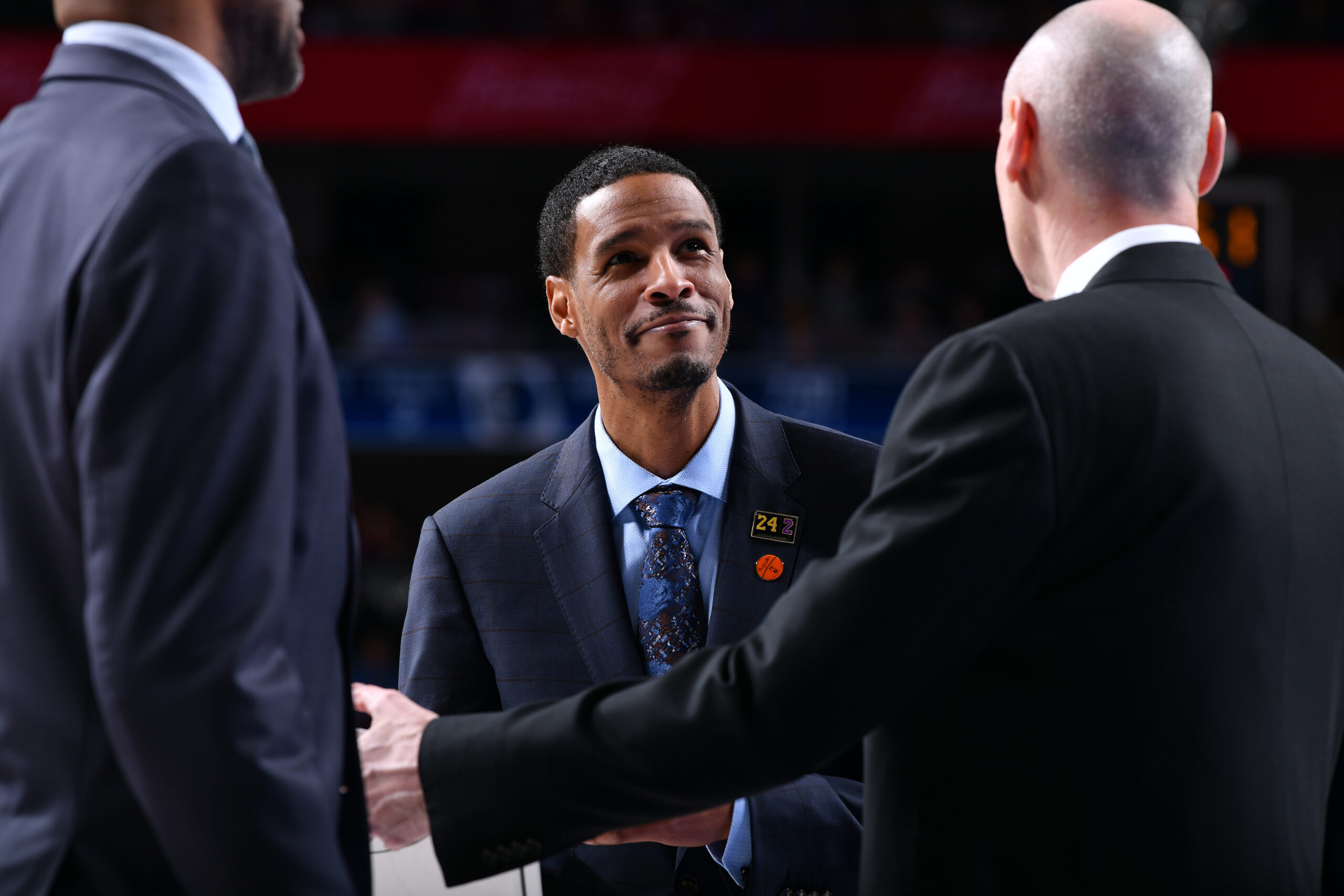 Reports: Rockets set to hire coach Stephen Silas